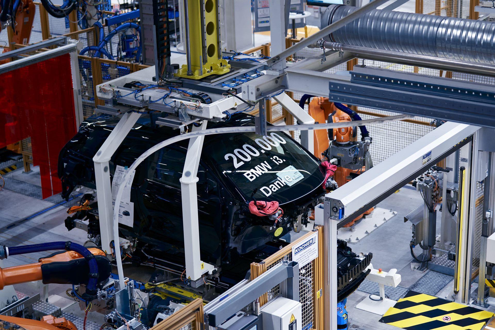 BMW-i8-plant-production-82