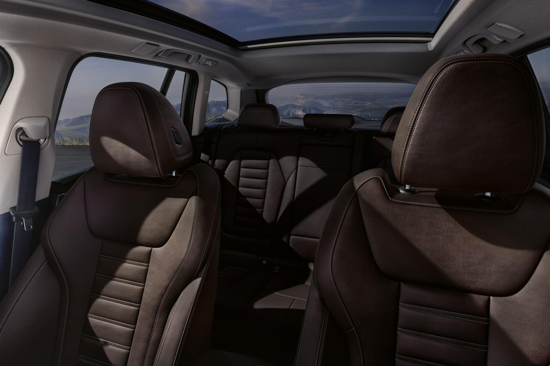 BMW-iX3-46