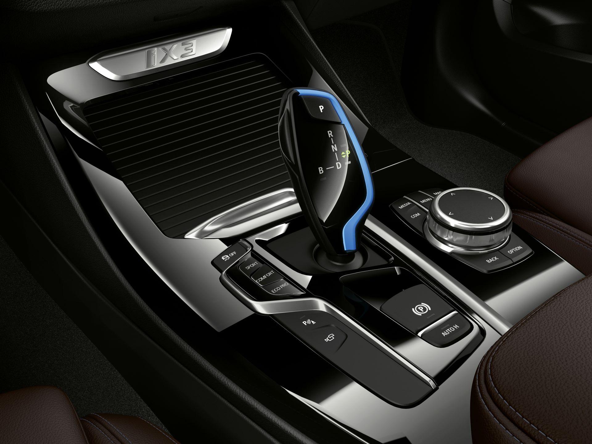 BMW-iX3-50