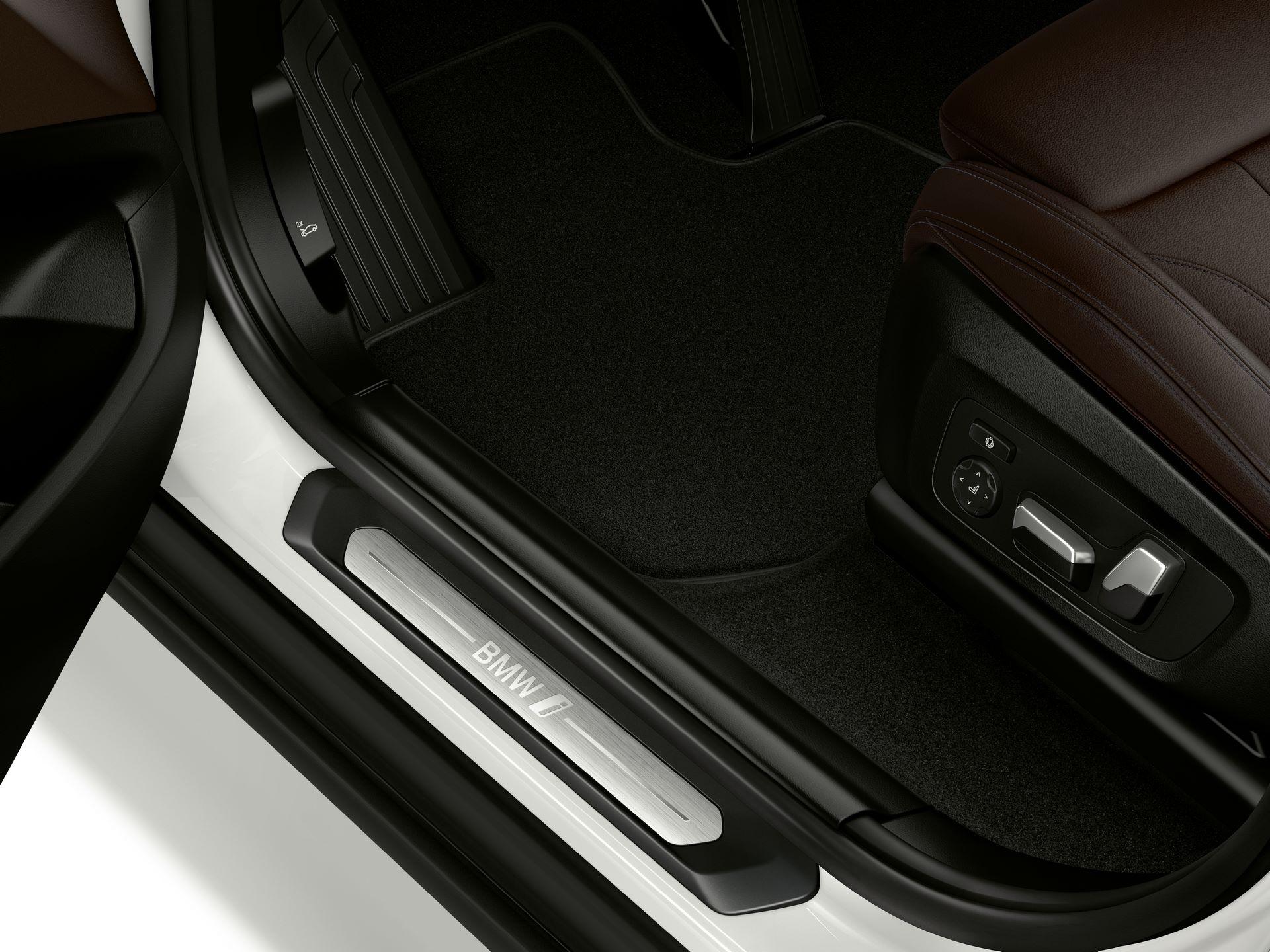 BMW-iX3-51