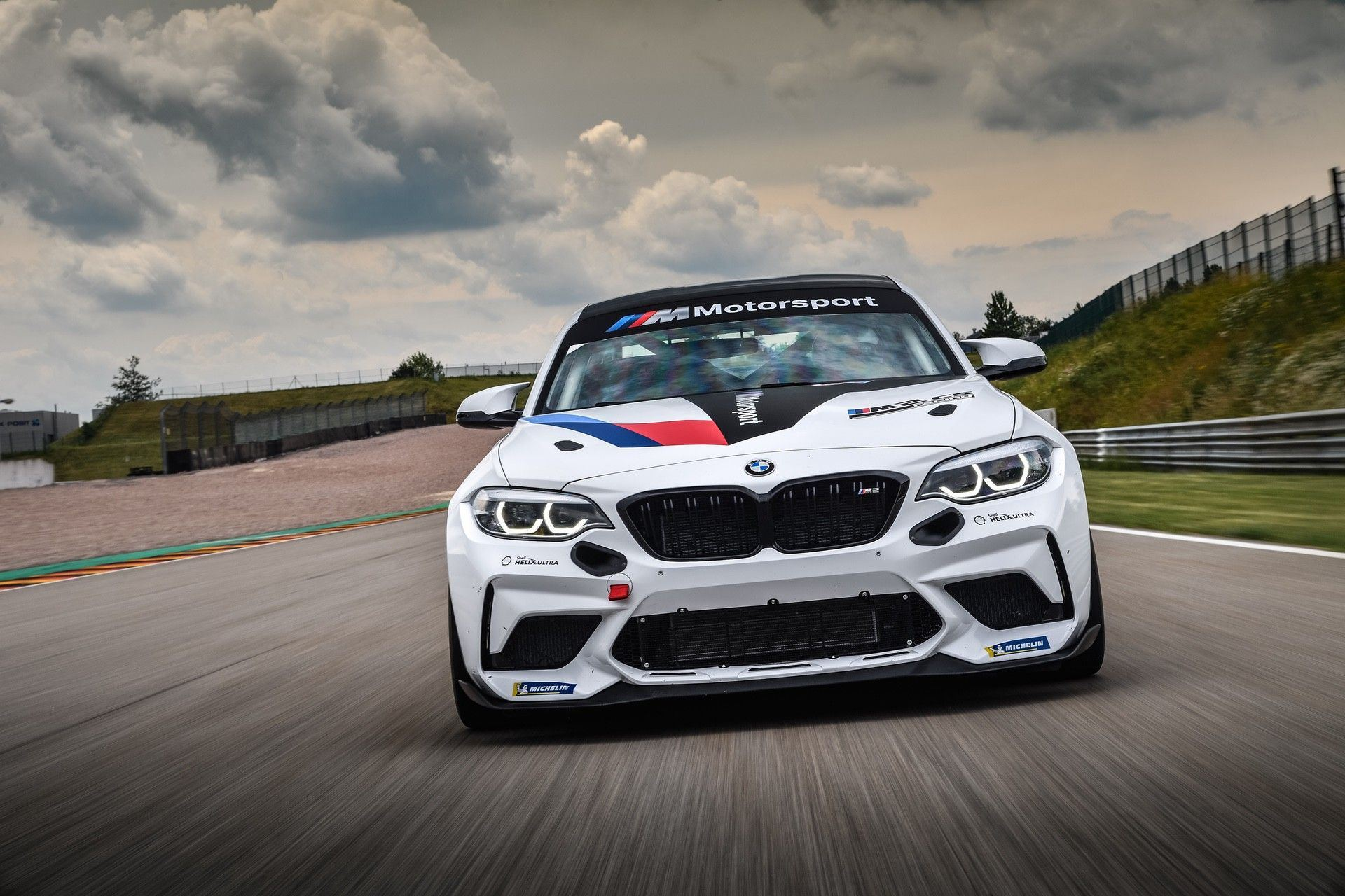 M2_CS_Racing_0001
