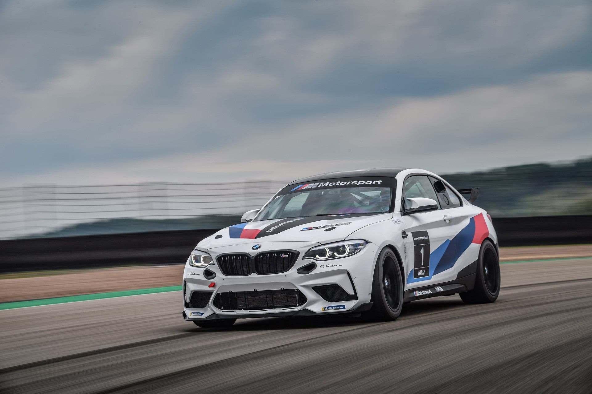 M2_CS_Racing_0003