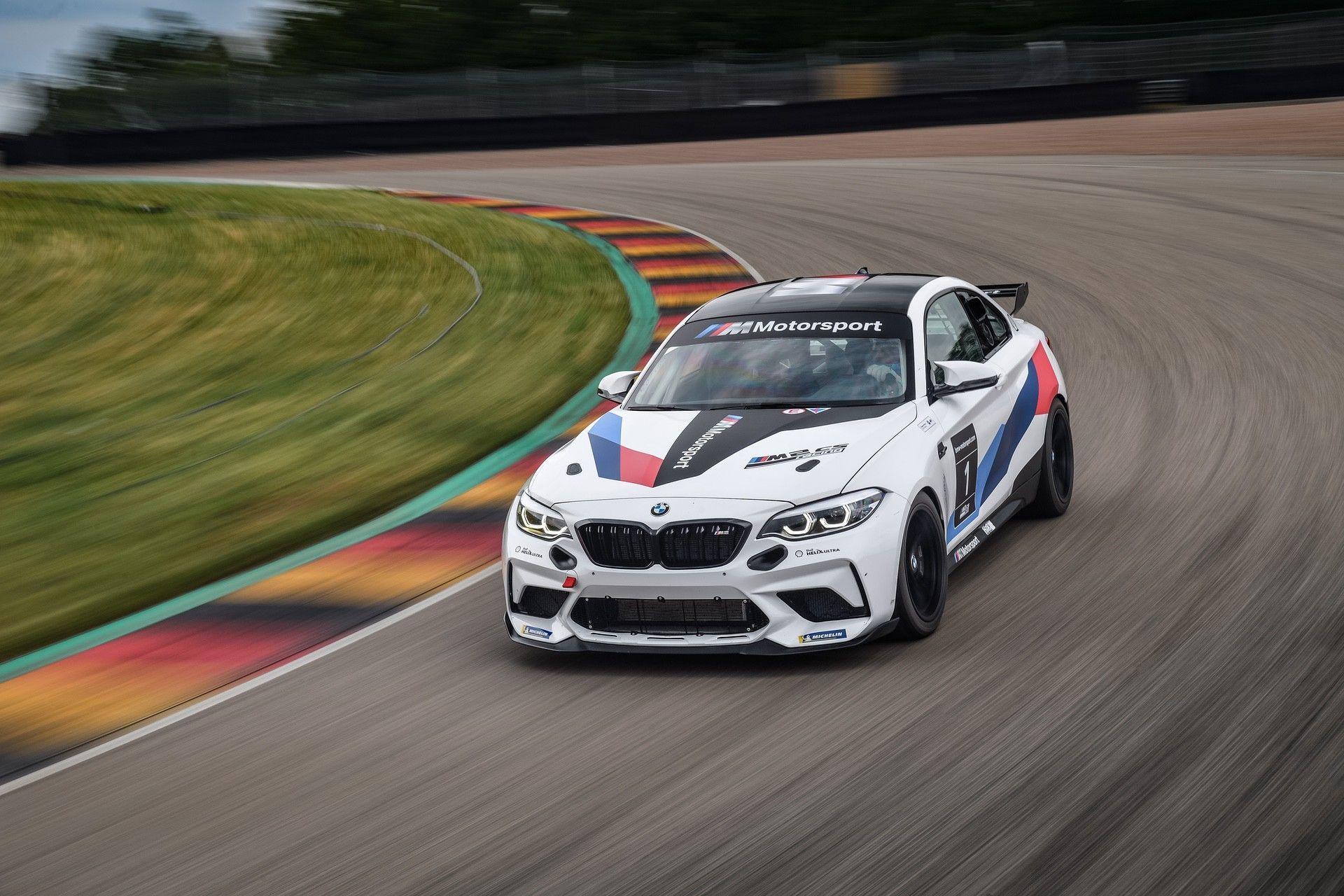 M2_CS_Racing_0004
