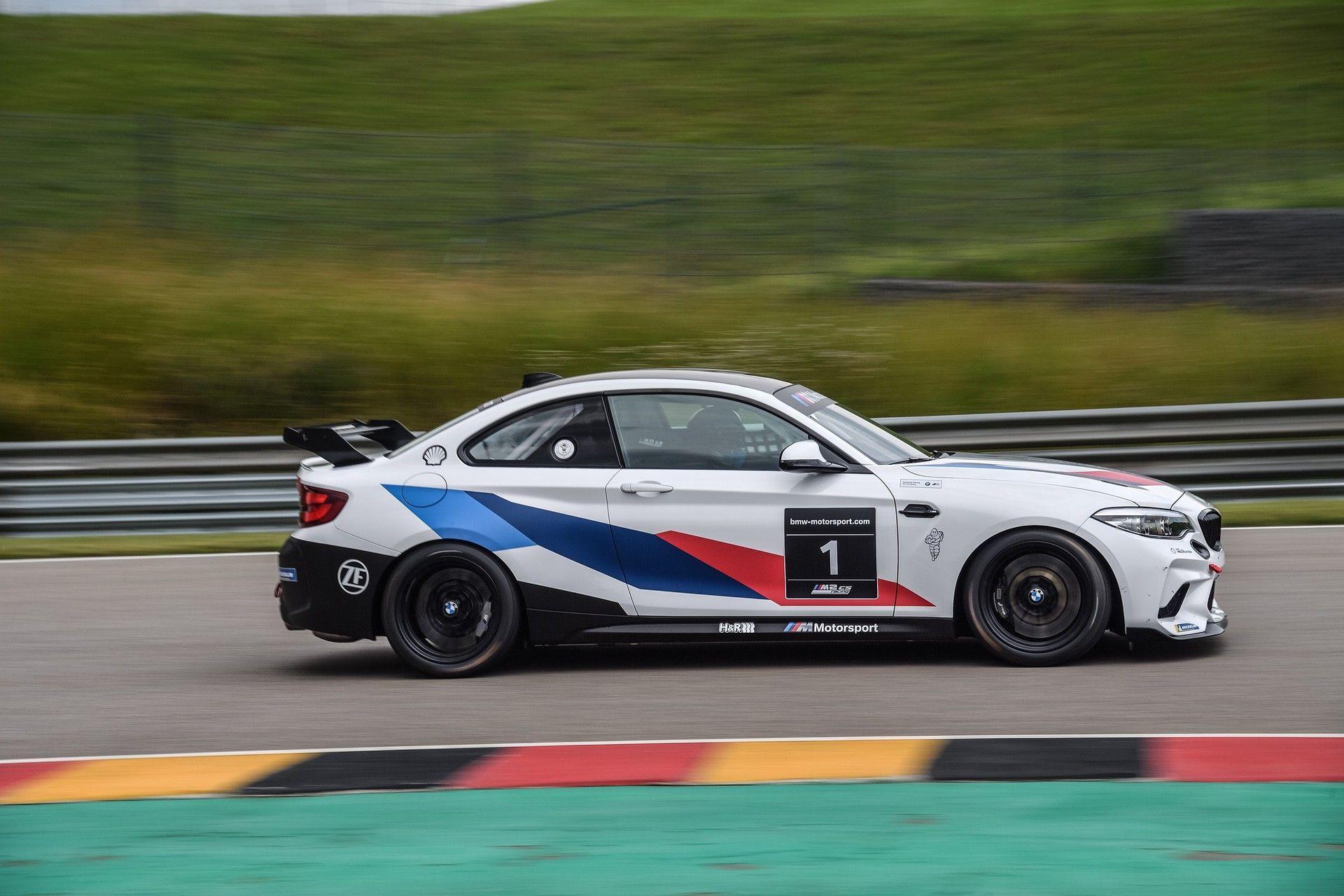 M2_CS_Racing_0007