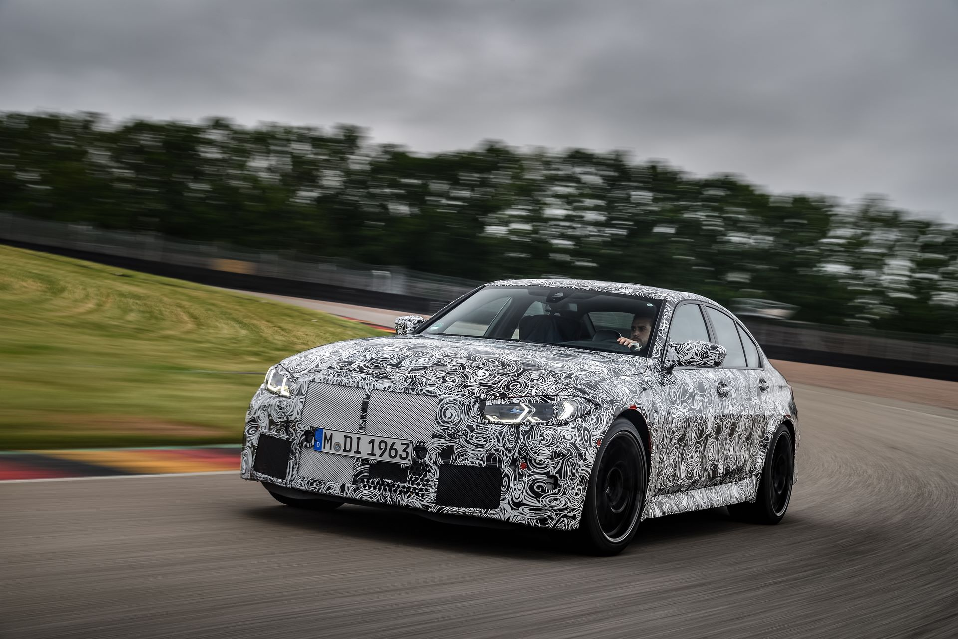 BMW-M3-and-M4-2020-tests-24