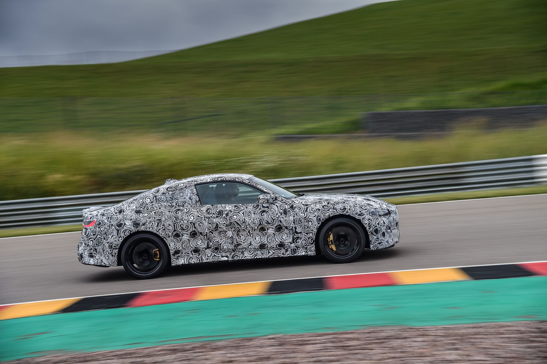 BMW-M3-and-M4-2020-tests-29