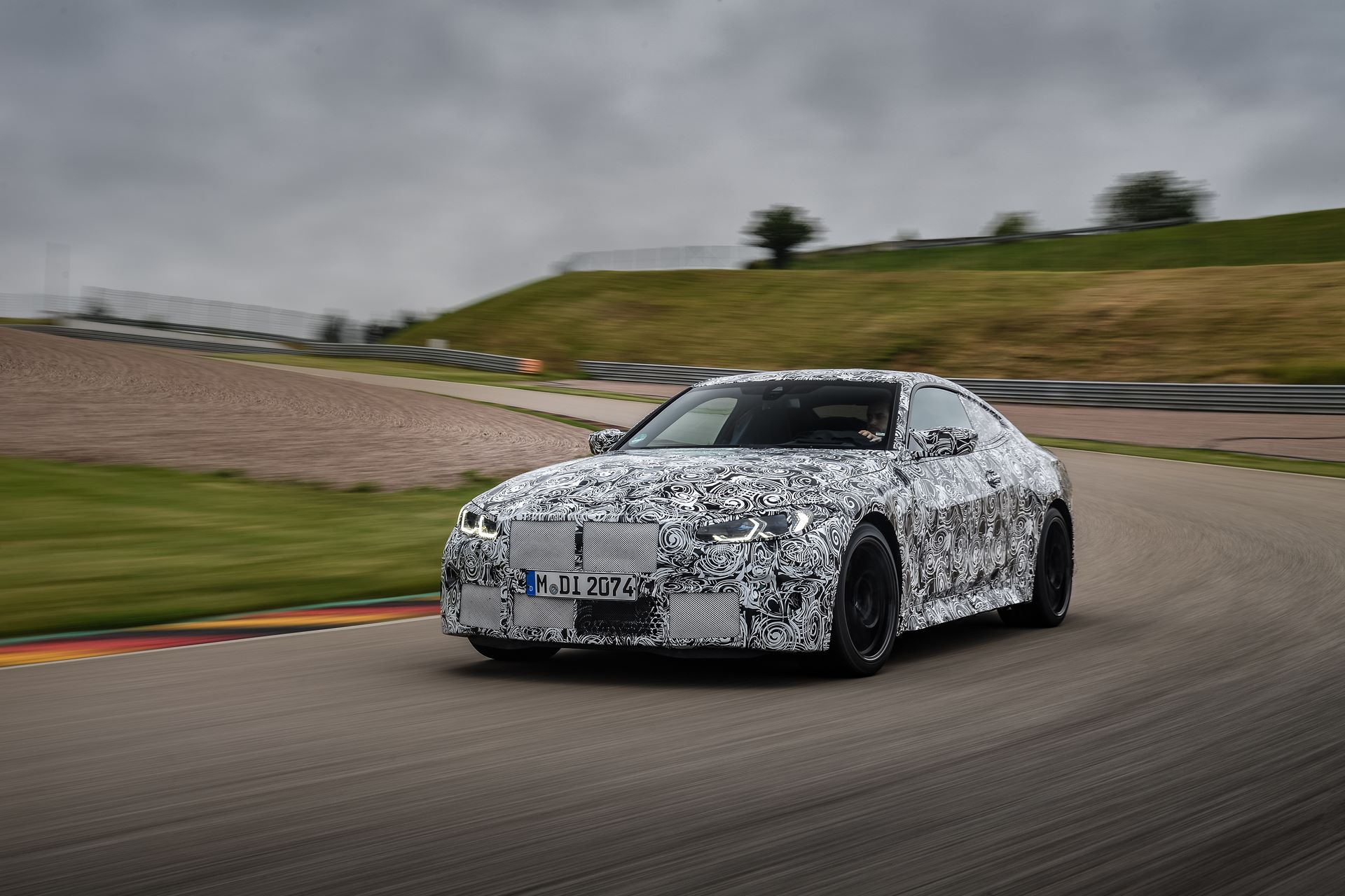 BMW-M3-and-M4-2020-tests-34