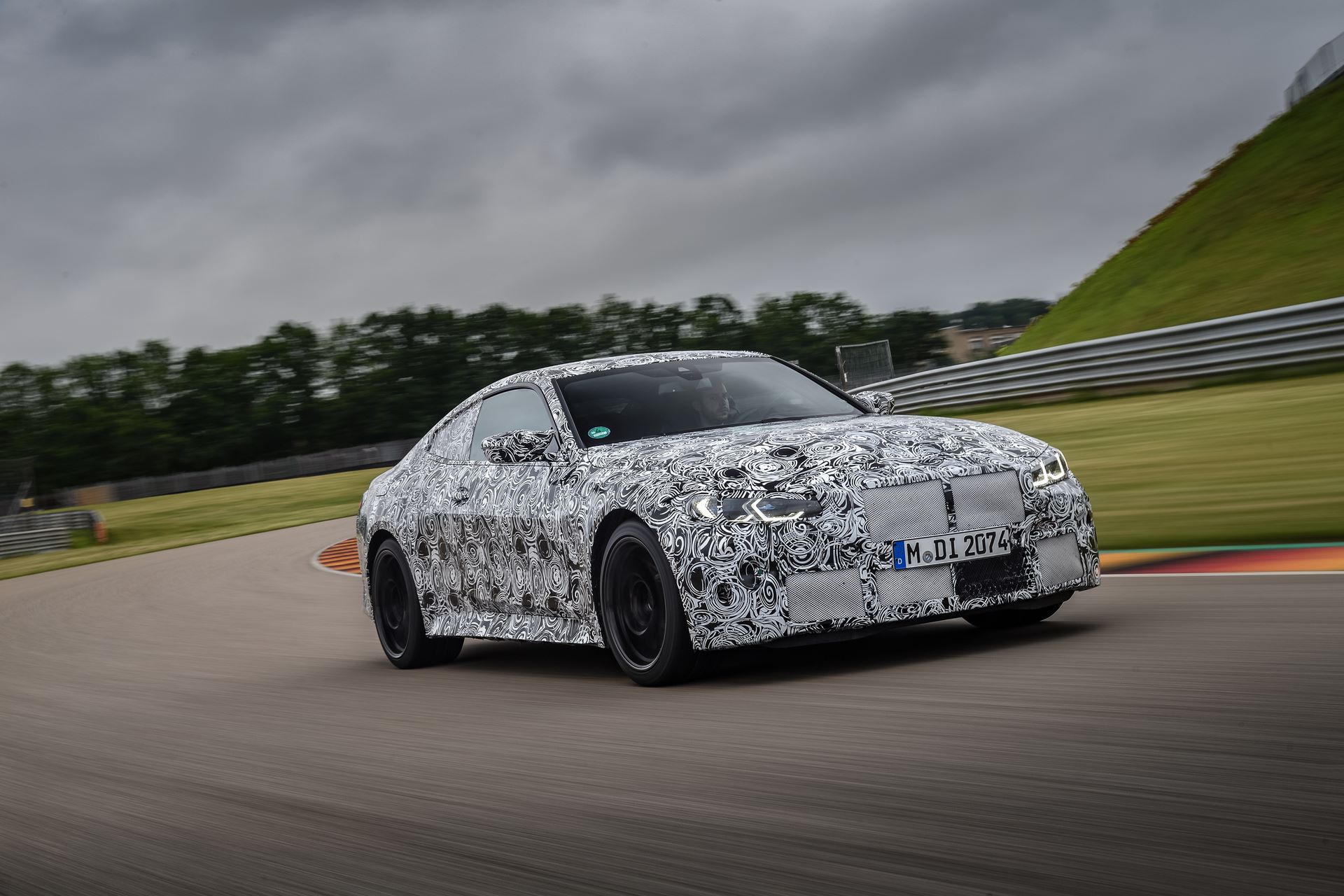 BMW-M3-and-M4-2020-tests-35