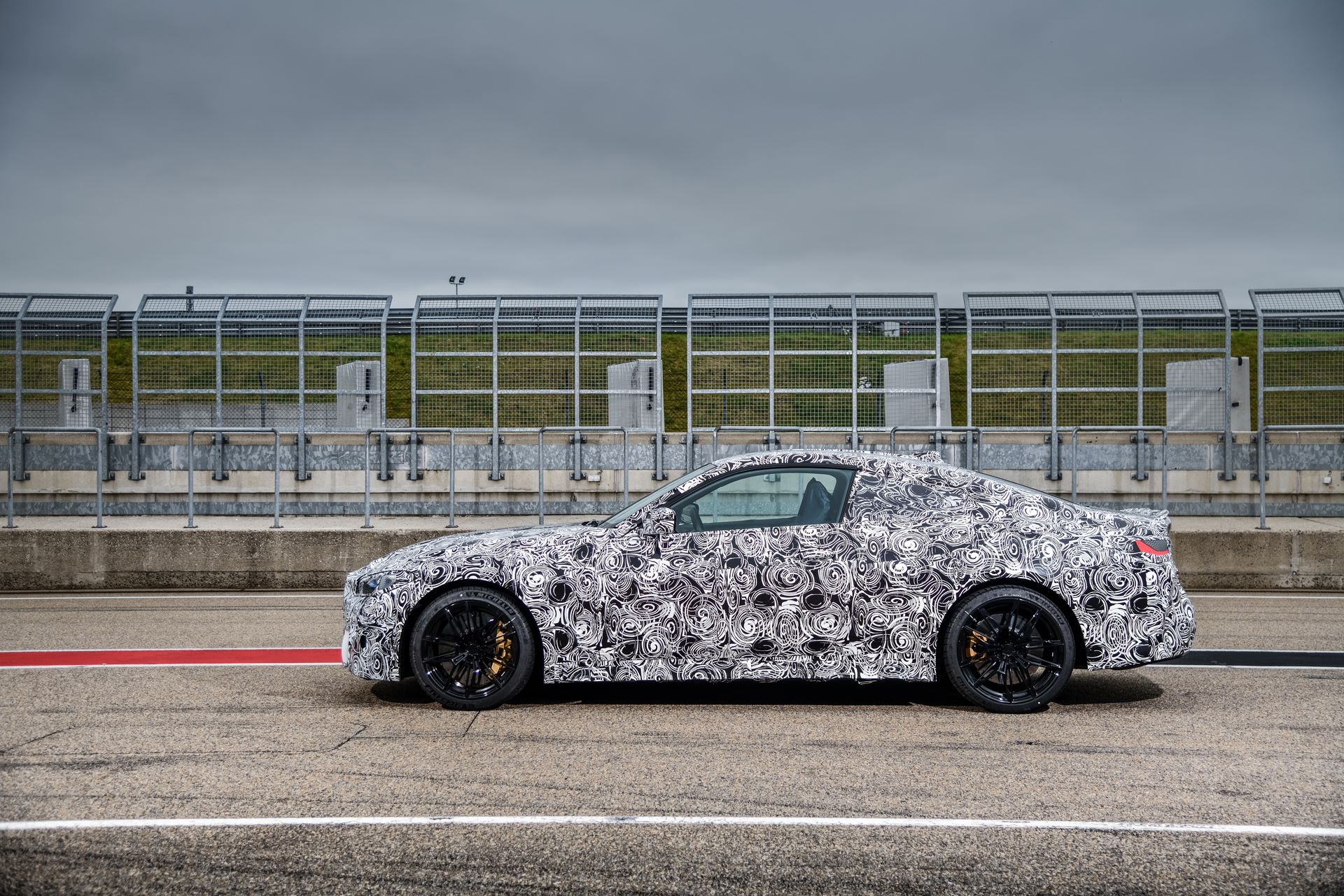 BMW-M3-and-M4-2020-tests-39