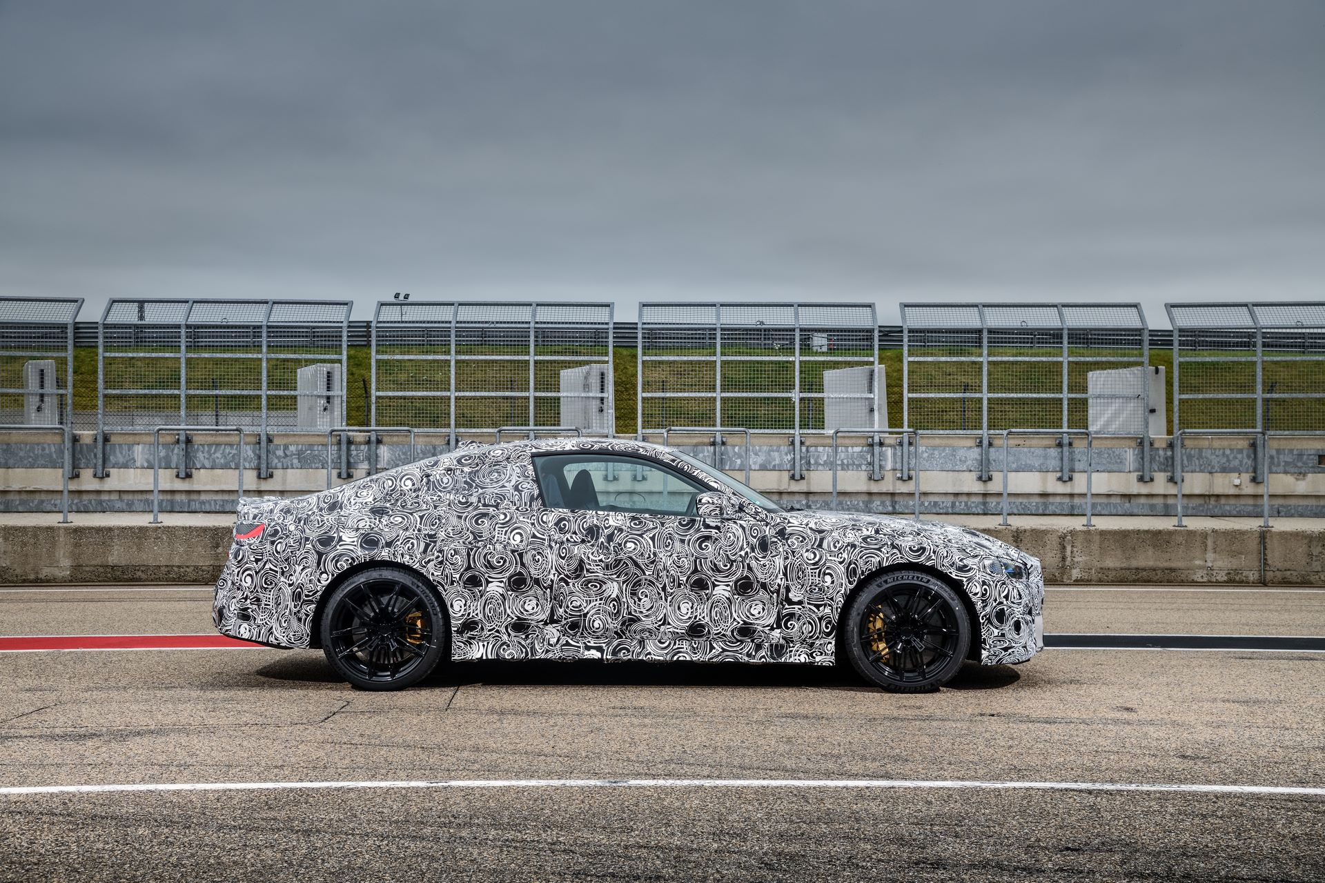 BMW-M3-and-M4-2020-tests-40