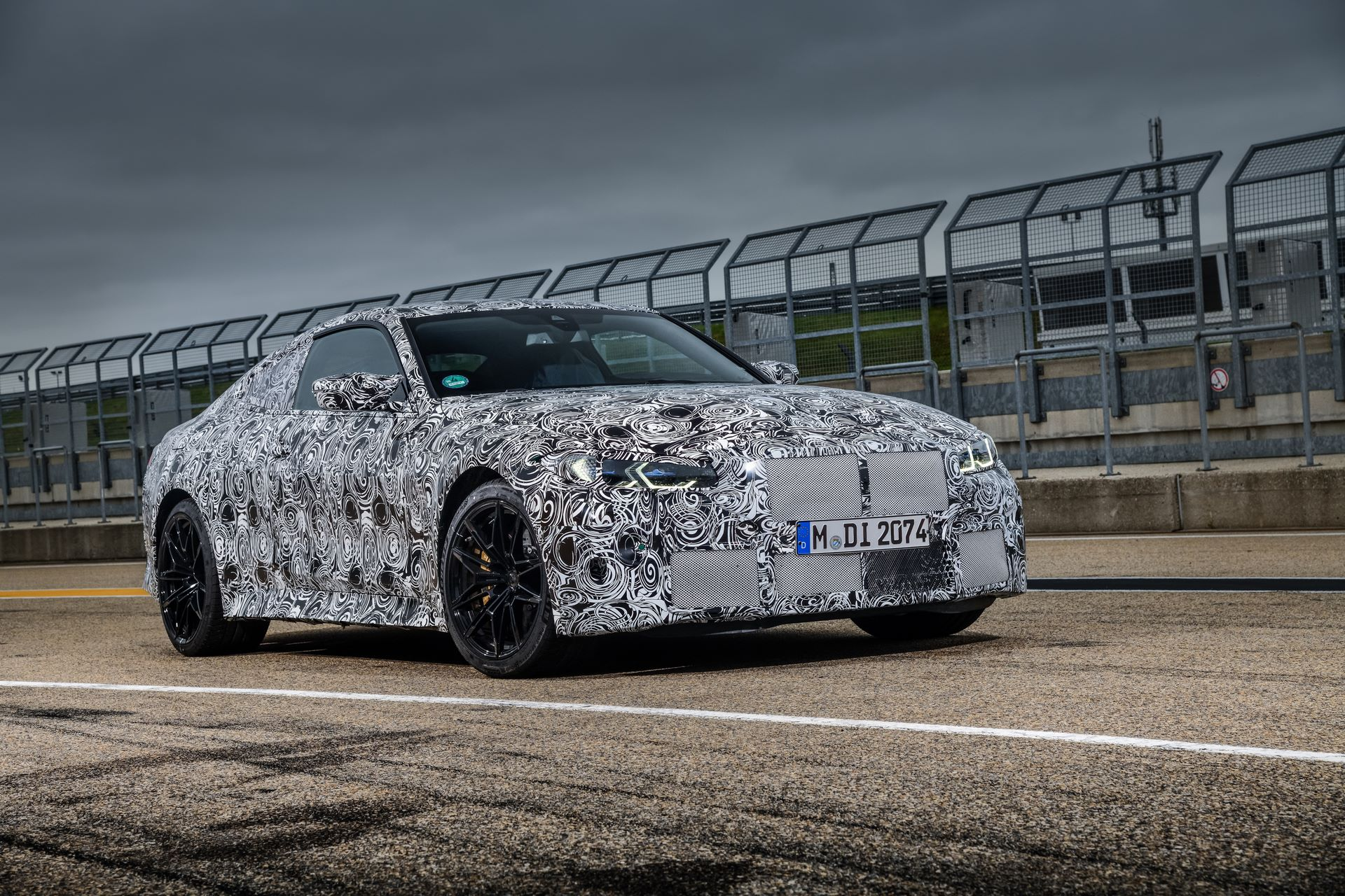 BMW-M3-and-M4-2020-tests-49