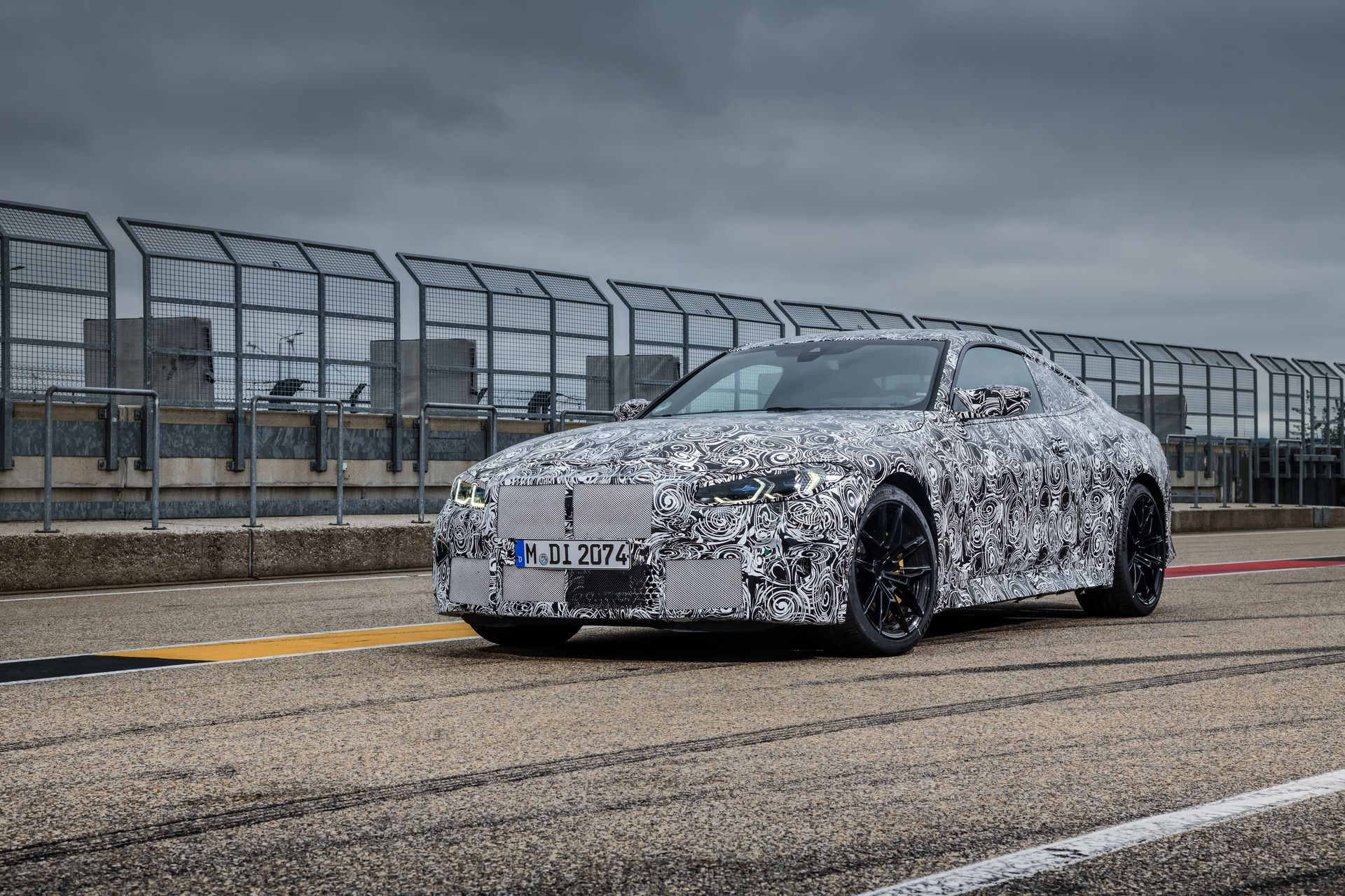 BMW-M3-and-M4-2020-tests-54