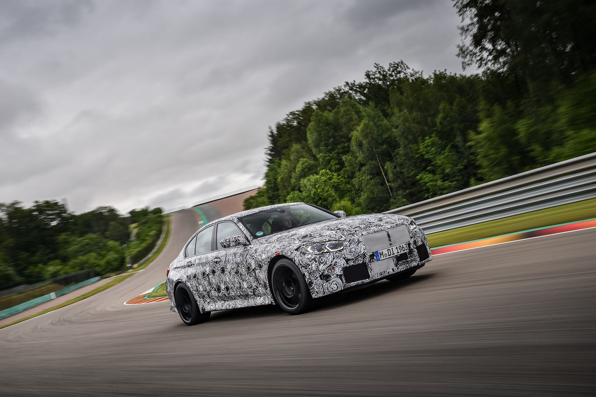 BMW-M3-and-M4-2020-tests-8