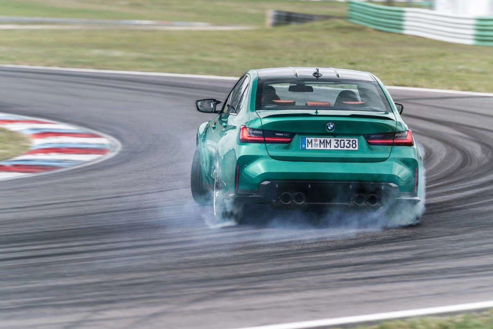 BMW-M3-and-M4-2021-10