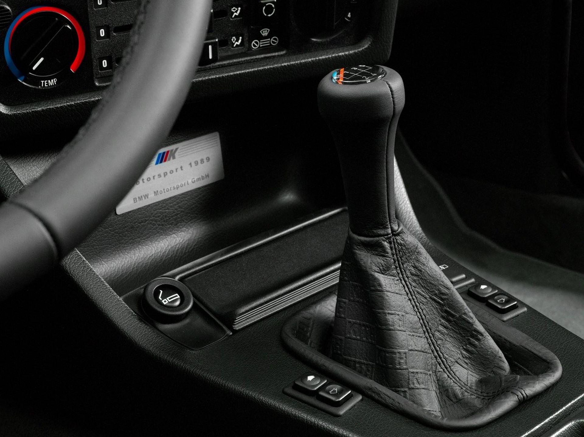 BMW-M3-E30-Ronnie-Fieg-Edition-και-M4-Kith-Concept-17