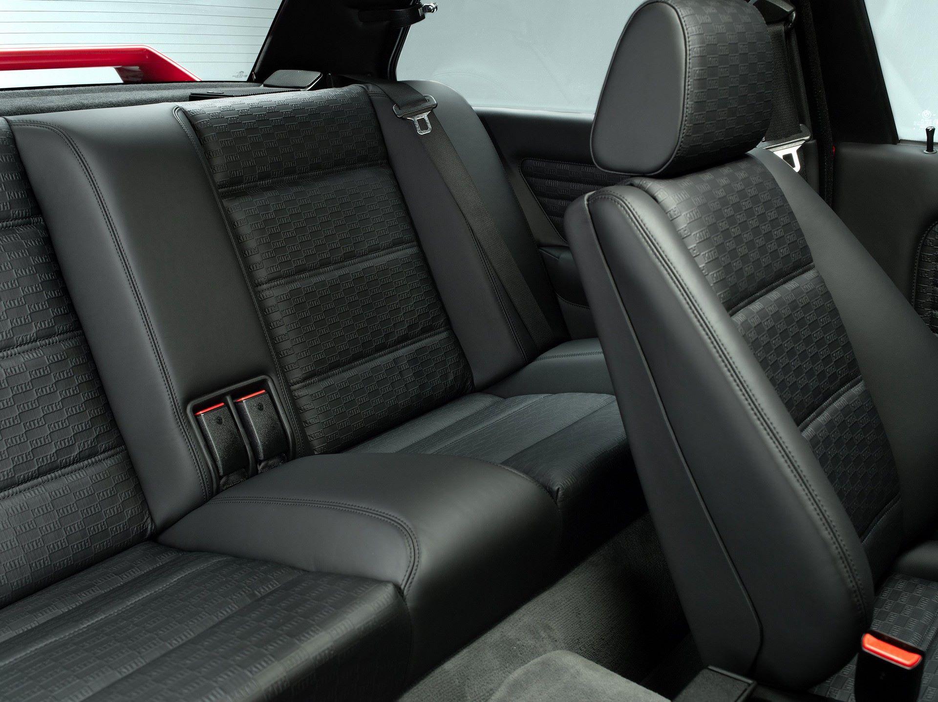 BMW-M3-E30-Ronnie-Fieg-Edition-και-M4-Kith-Concept-19