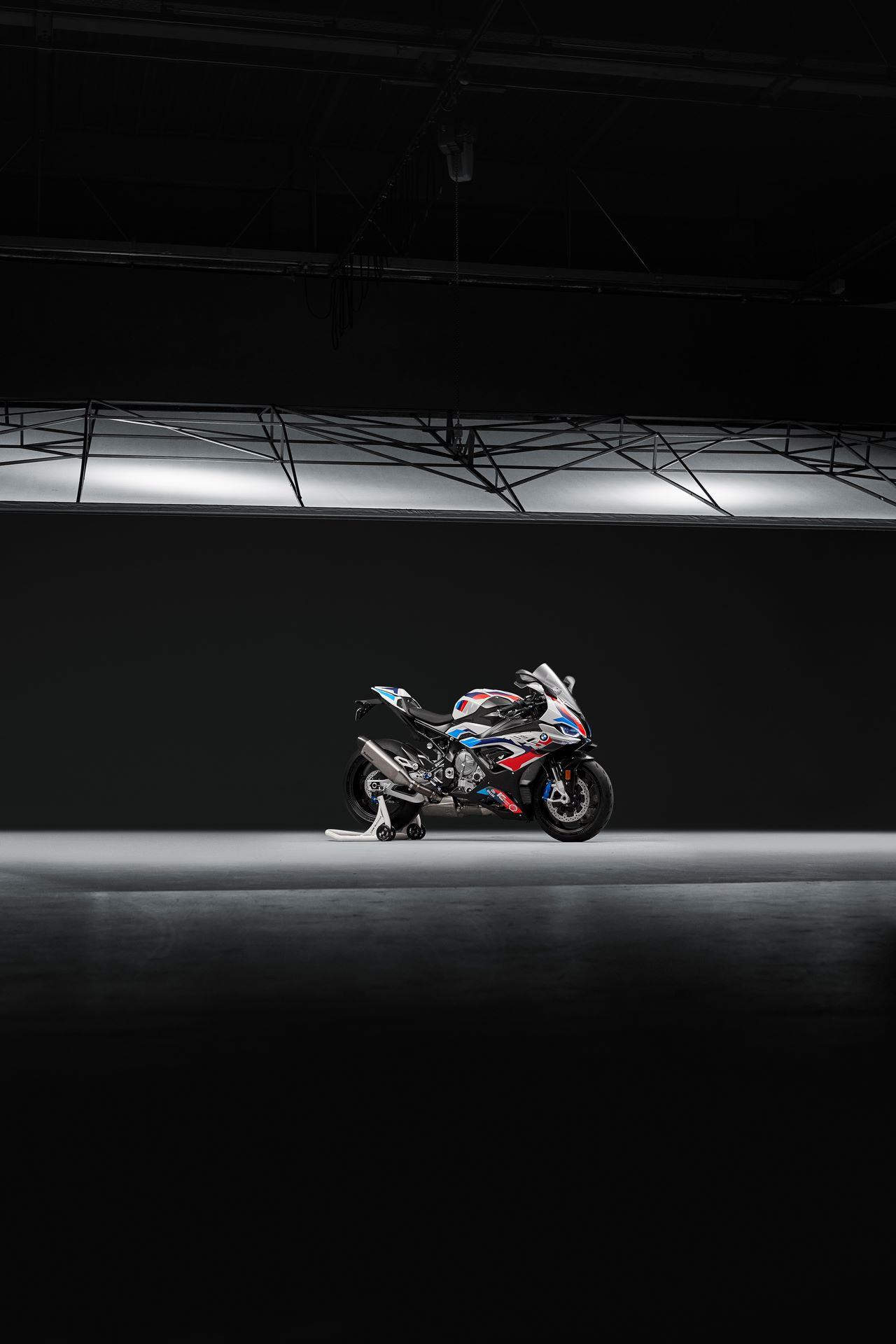 BMW-M-1000-RR-5
