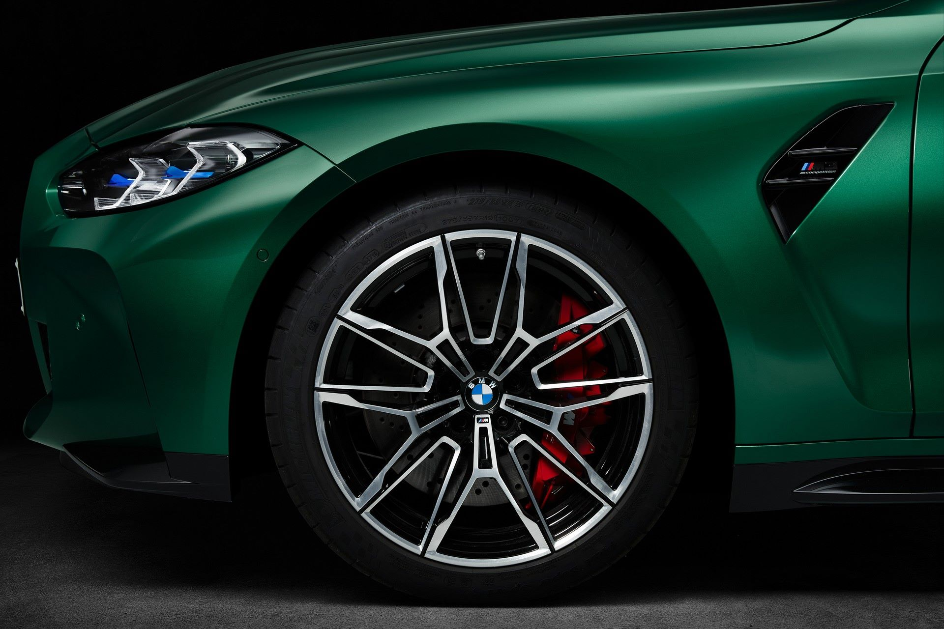 BMW-M3-And-M4-2021-122
