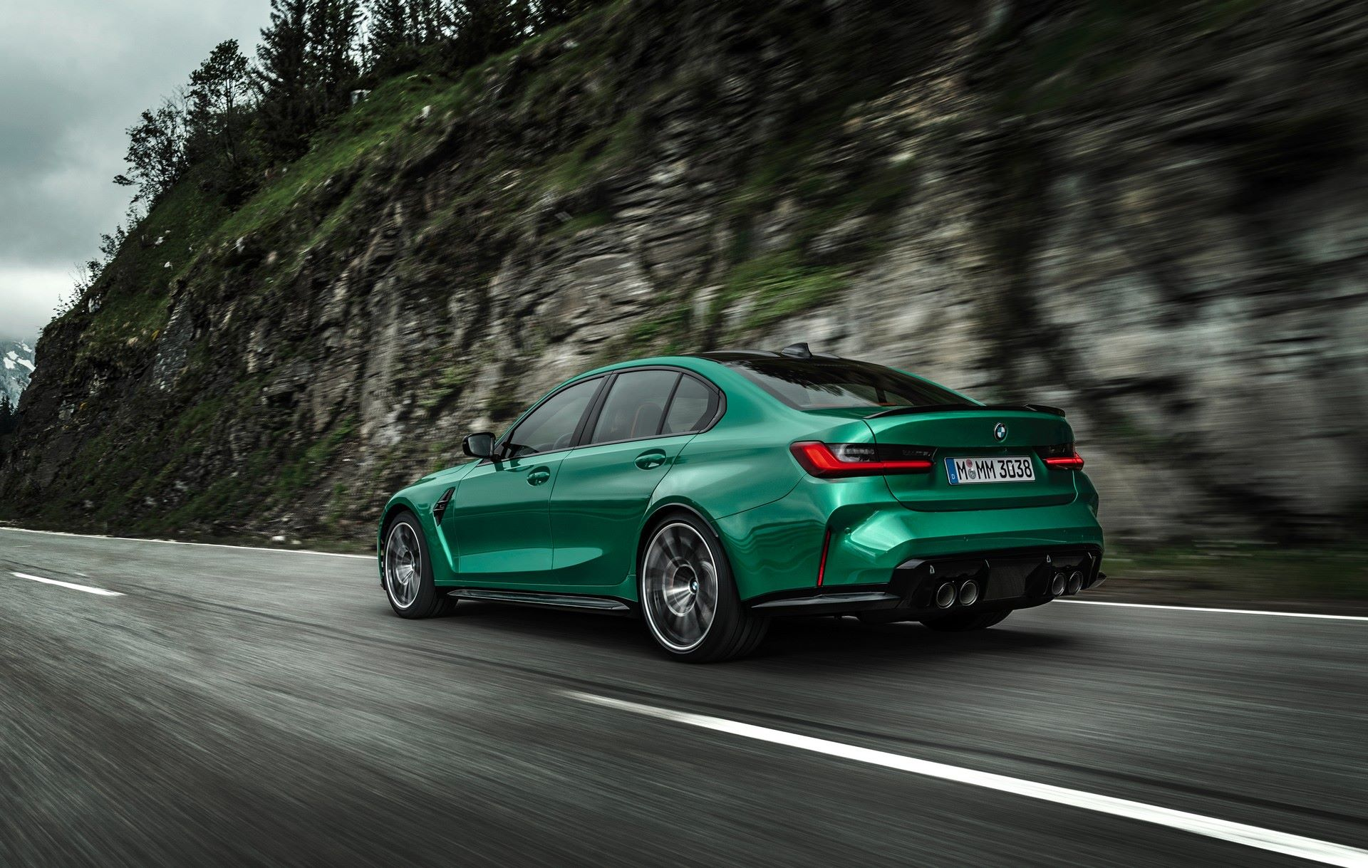 BMW-M3-And-M4-2021-13