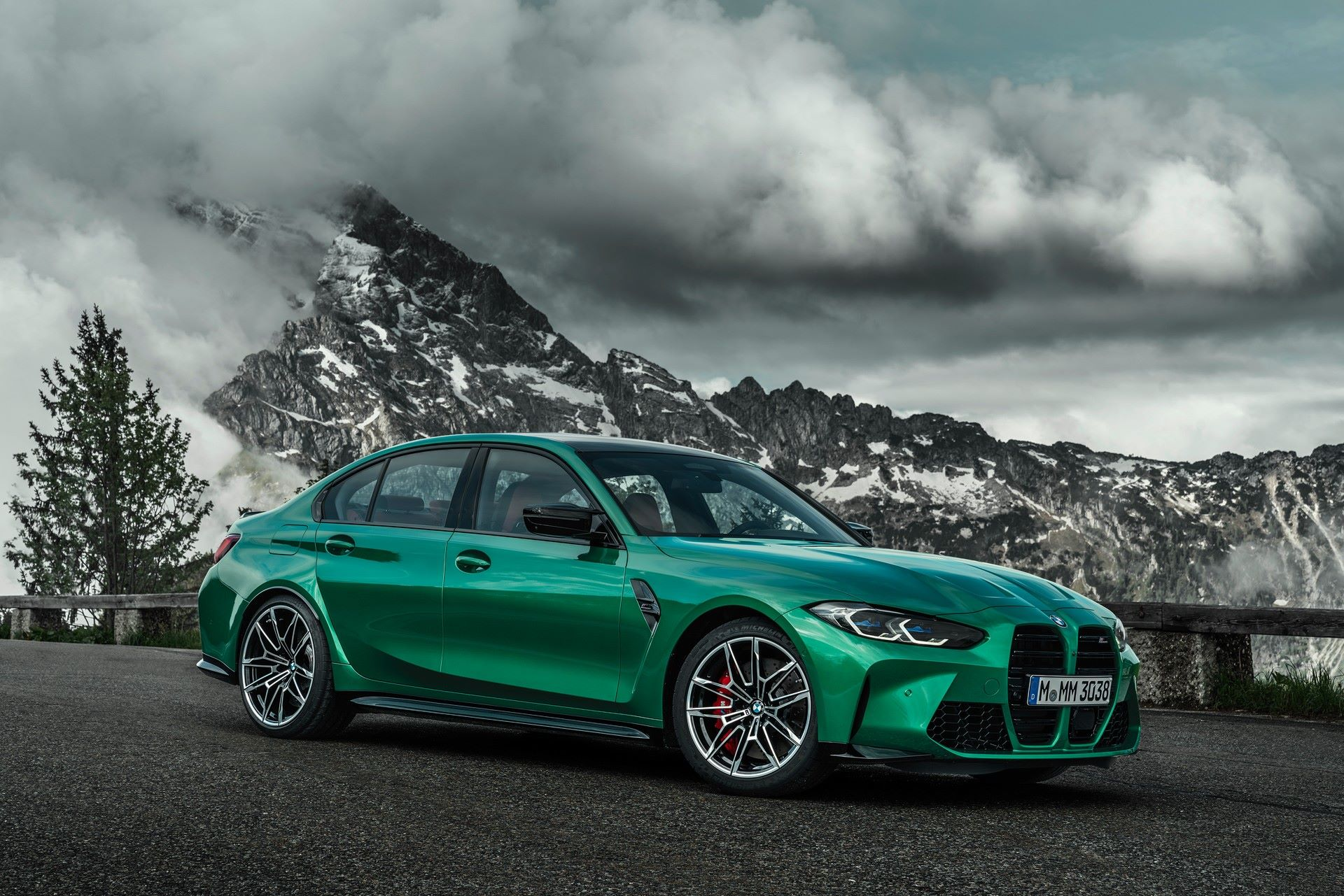 BMW-M3-And-M4-2021-16