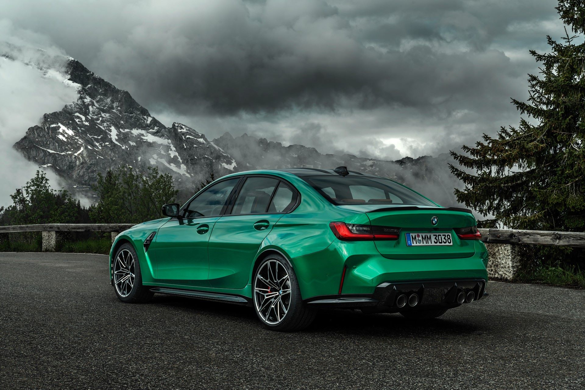 BMW-M3-And-M4-2021-18