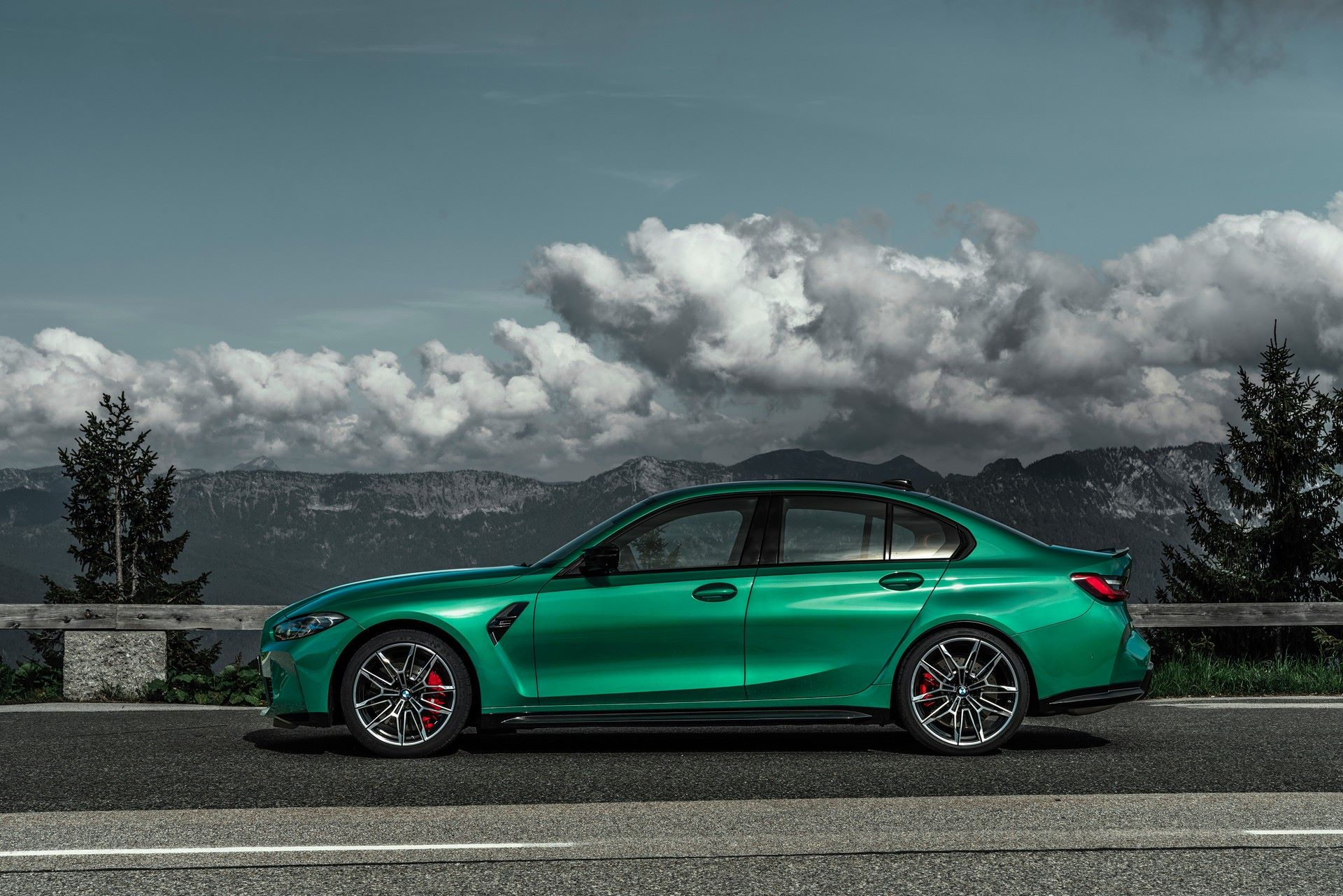 BMW-M3-And-M4-2021-23