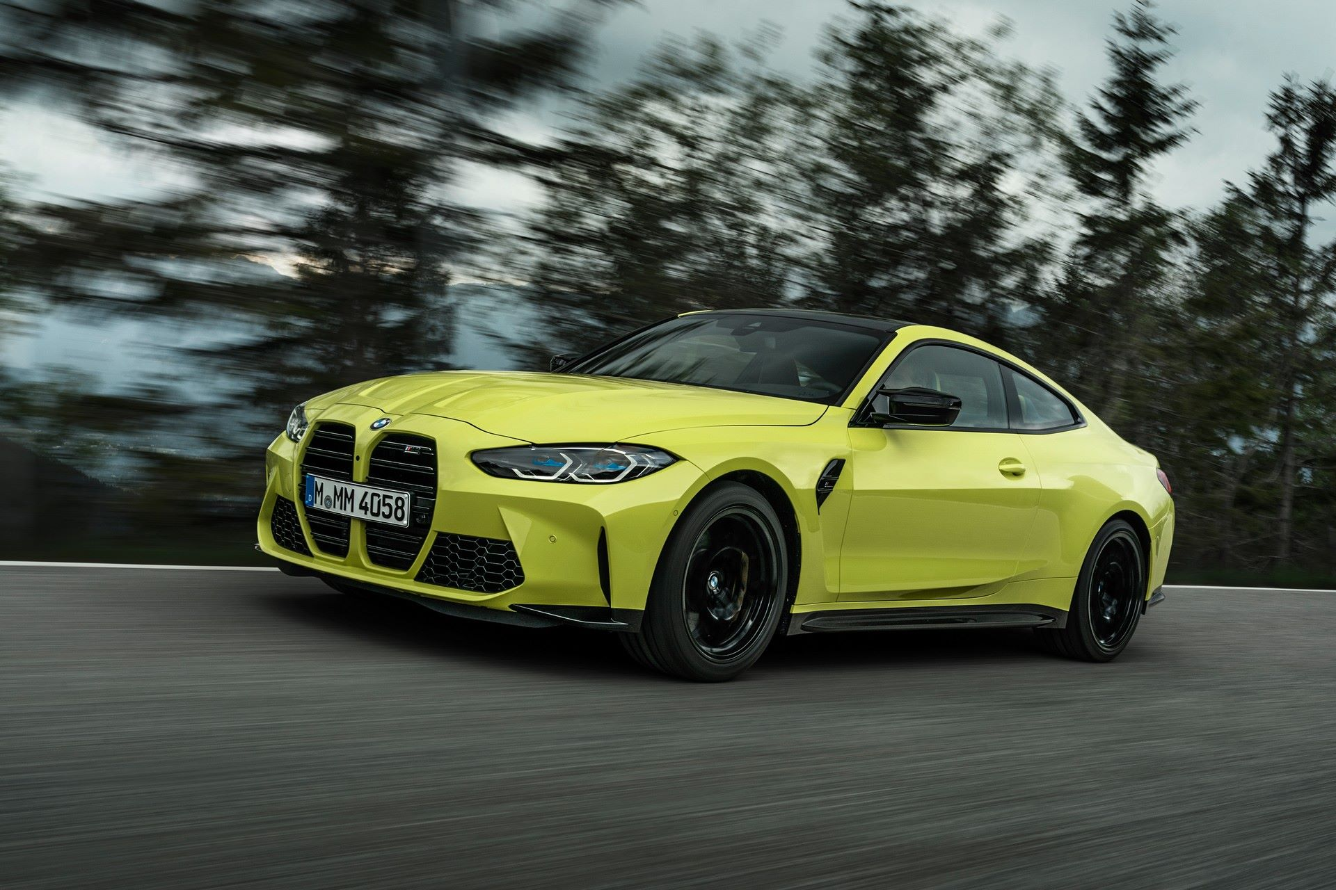 BMW-M3-And-M4-2021-24