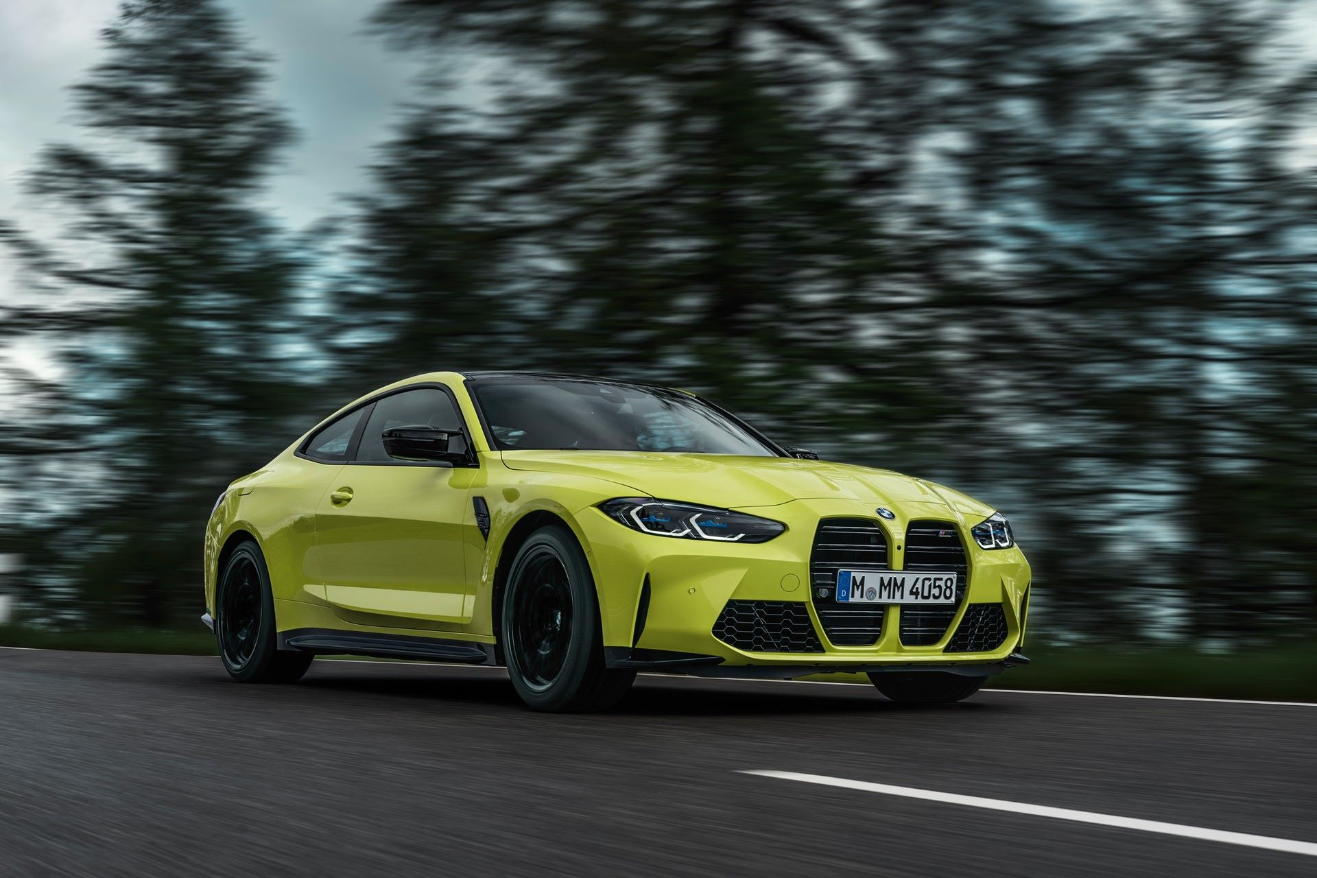 BMW-M3-And-M4-2021-25