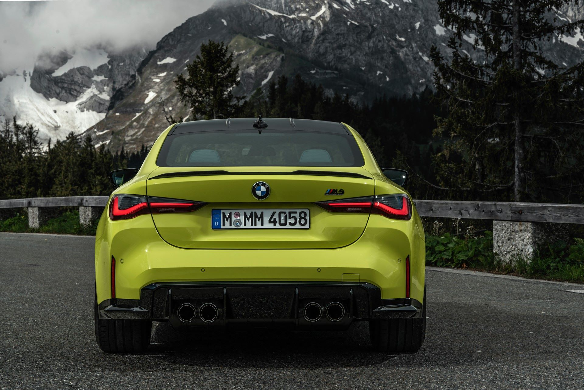 BMW-M3-And-M4-2021-30