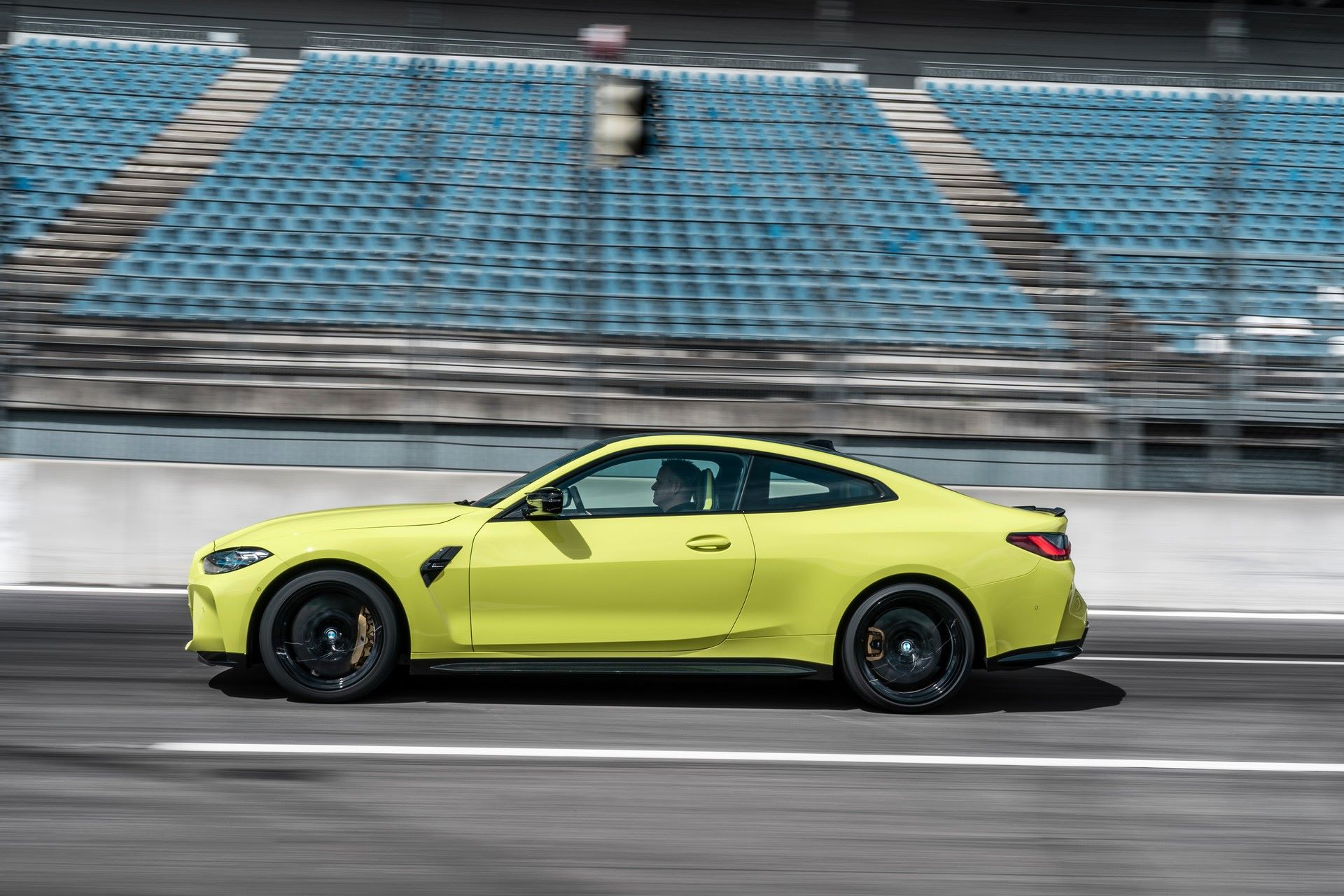 BMW-M3-And-M4-2021-47