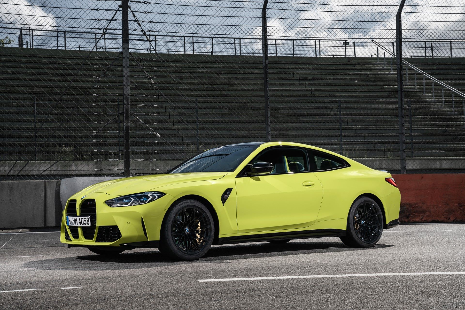 BMW-M3-And-M4-2021-55