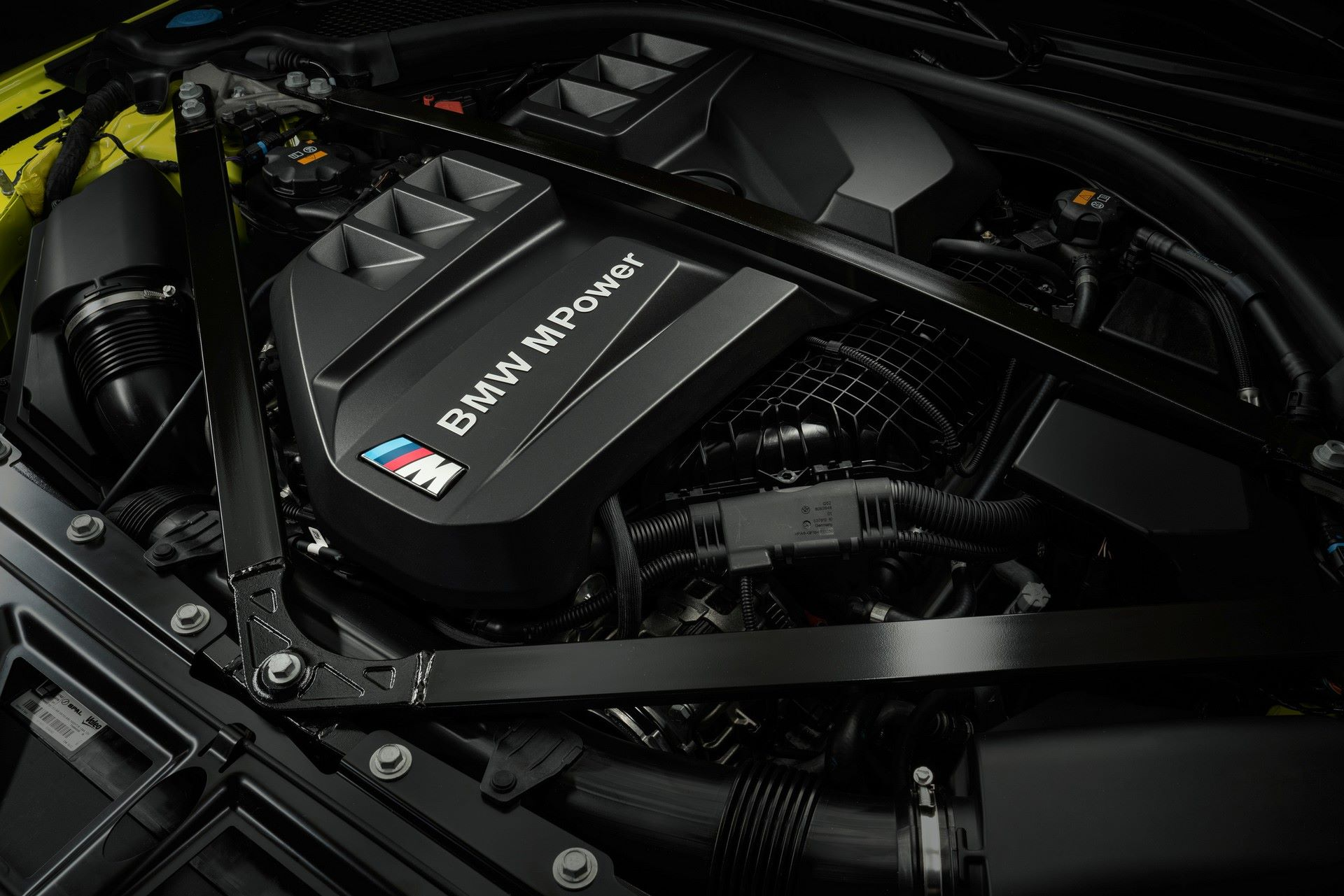 BMW-M3-And-M4-2021-81