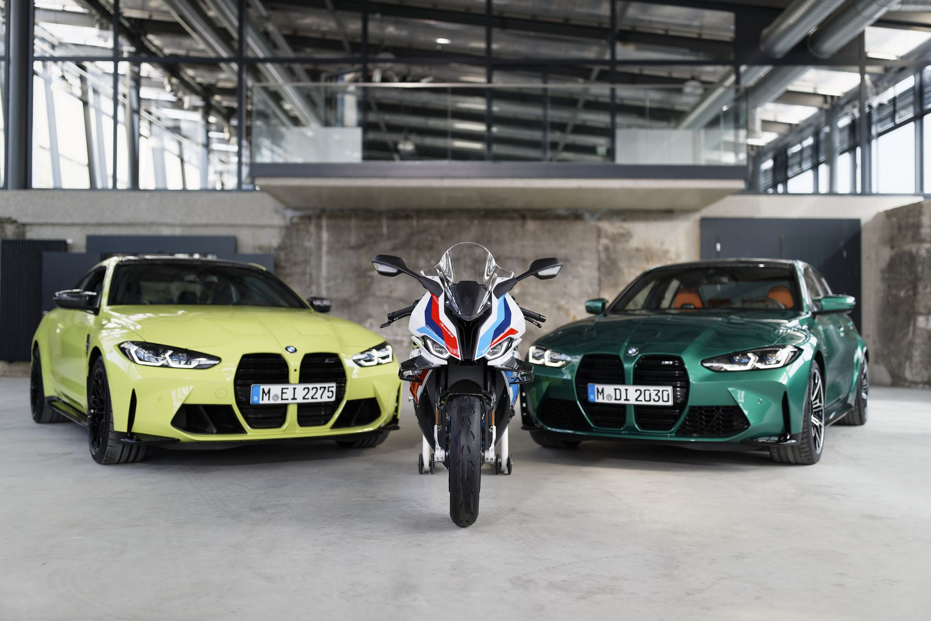BMW-M3-M4-and-M-1000-RR-2