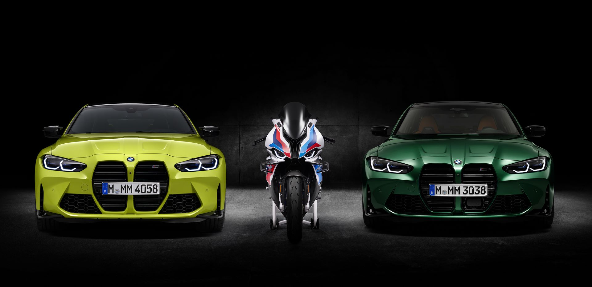 BMW-M3-M4-and-M-1000-RR-5