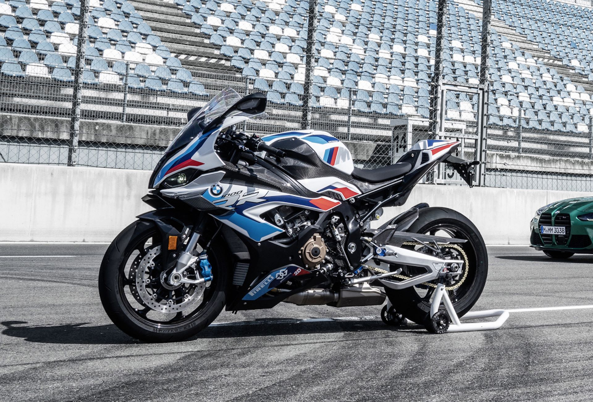 bmw-m1000rr-side-left