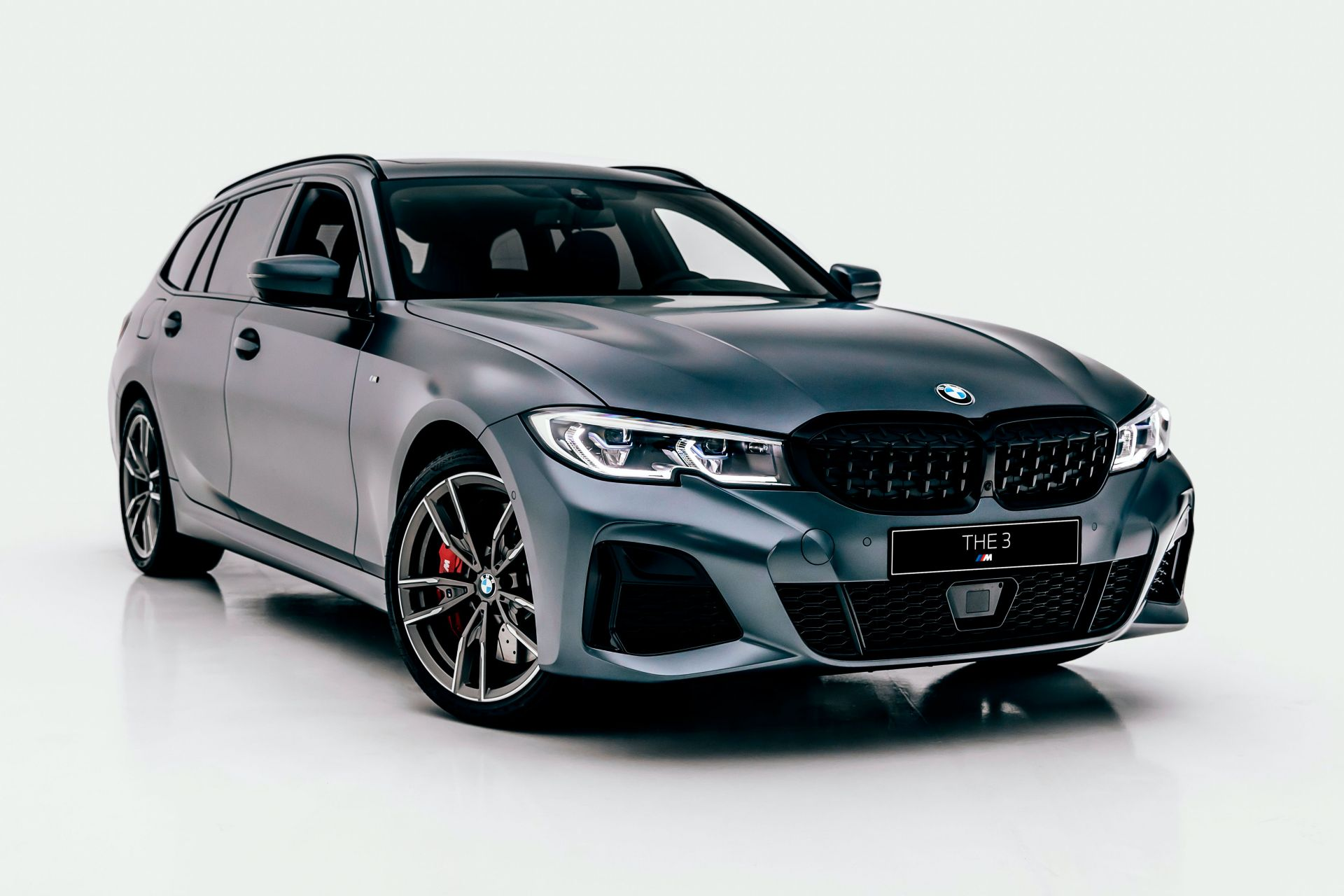 2020-BMW-M340i-xDrive-Touring-First-Edition-11