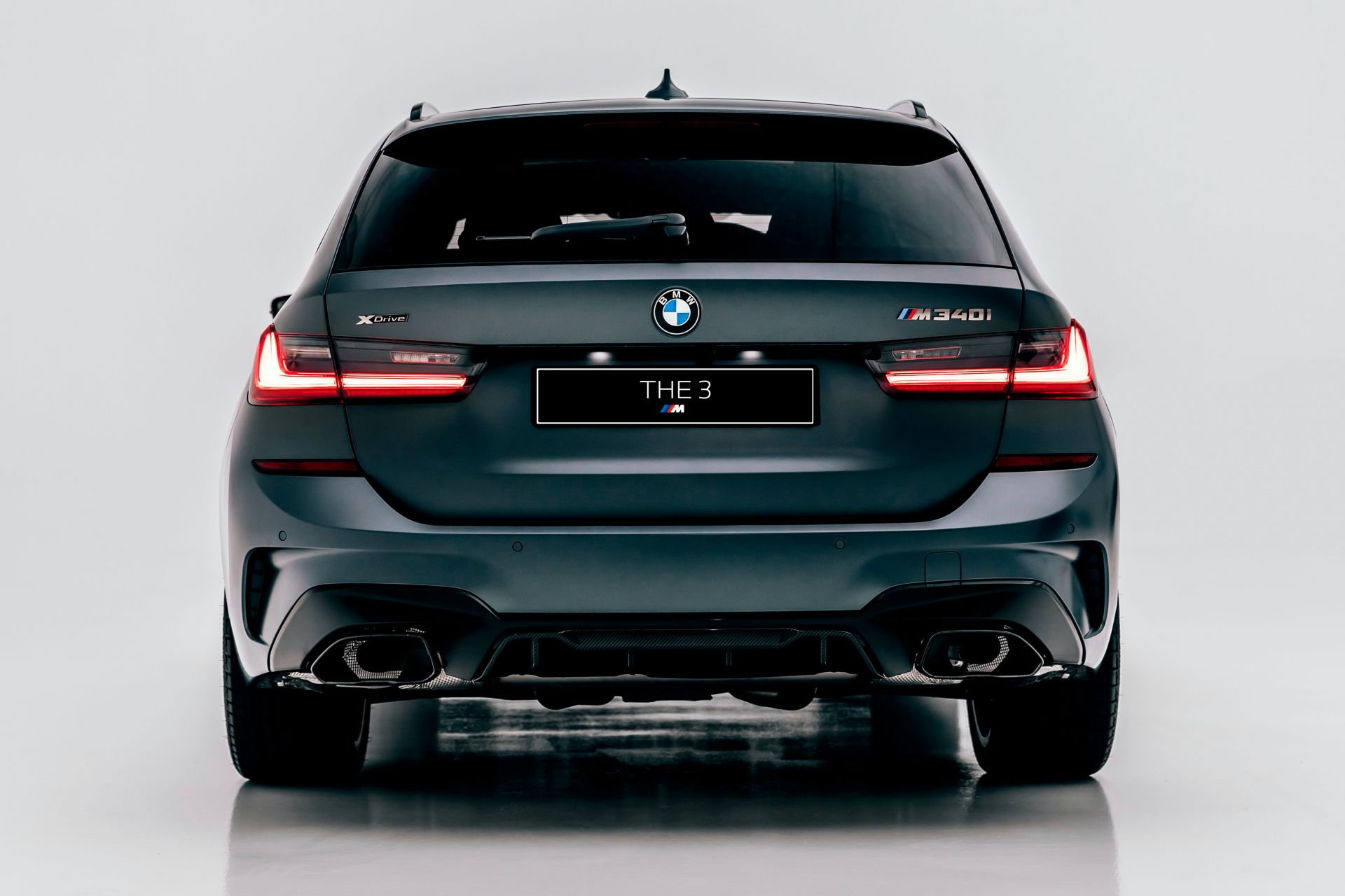 2020-BMW-M340i-xDrive-Touring-First-Edition-31