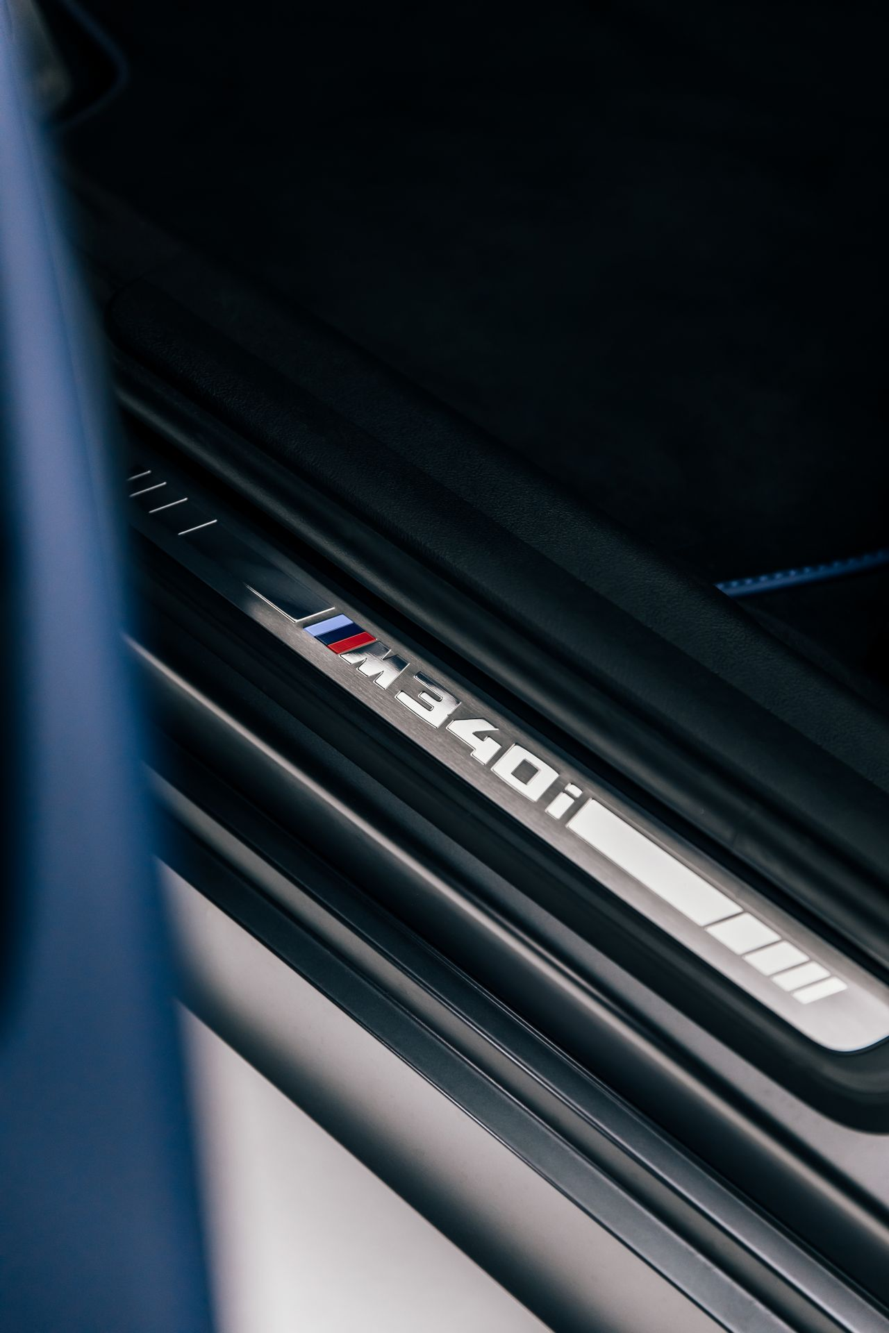 2020-BMW-M340i-xDrive-Touring-First-Edition-38