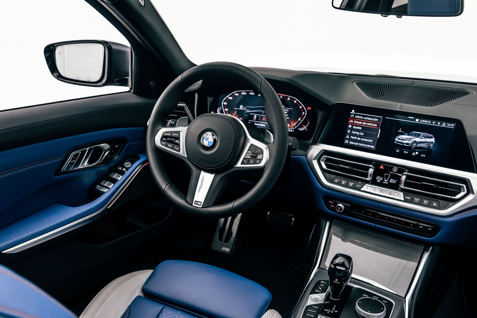 2020-BMW-M340i-xDrive-Touring-First-Edition-40
