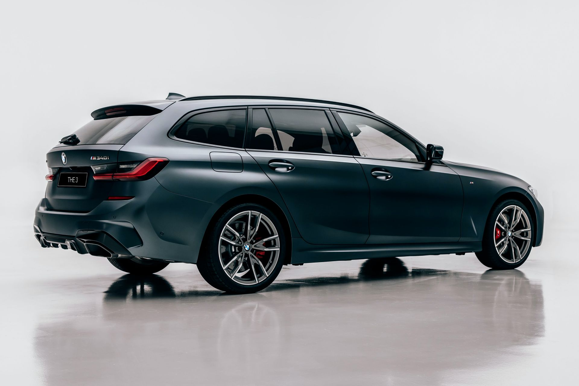 2020-BMW-M340i-xDrive-Touring-First-Edition-44