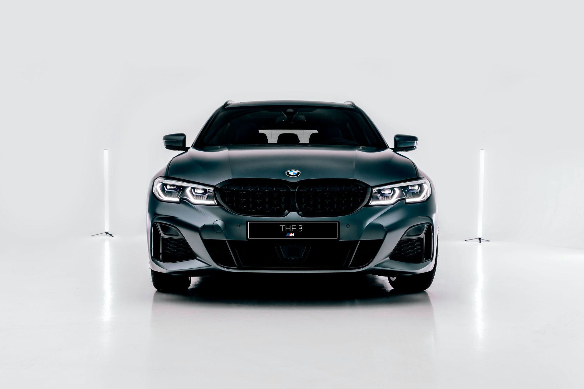 2020-BMW-M340i-xDrive-Touring-First-Edition-47