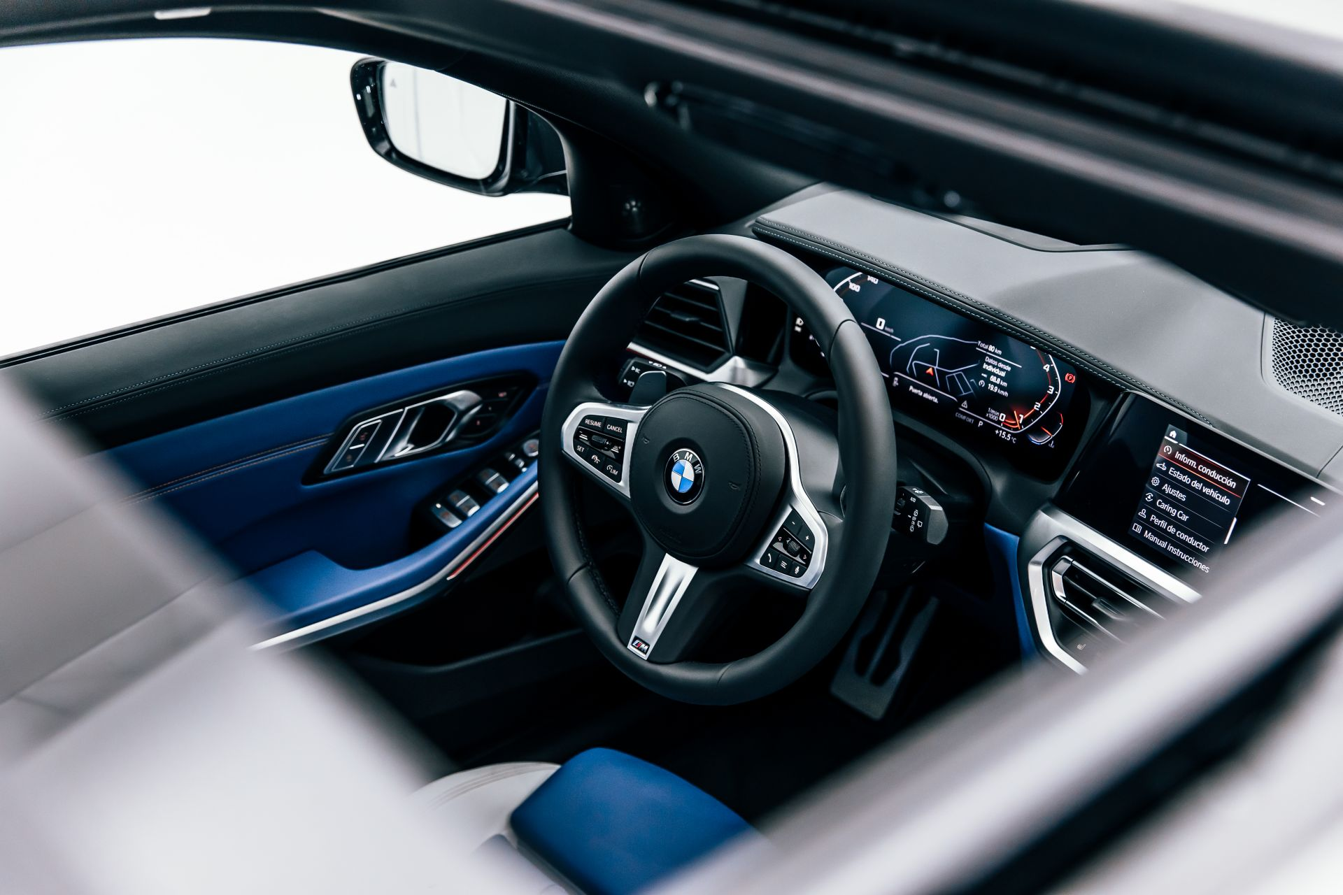 2020-BMW-M340i-xDrive-Touring-First-Edition-48