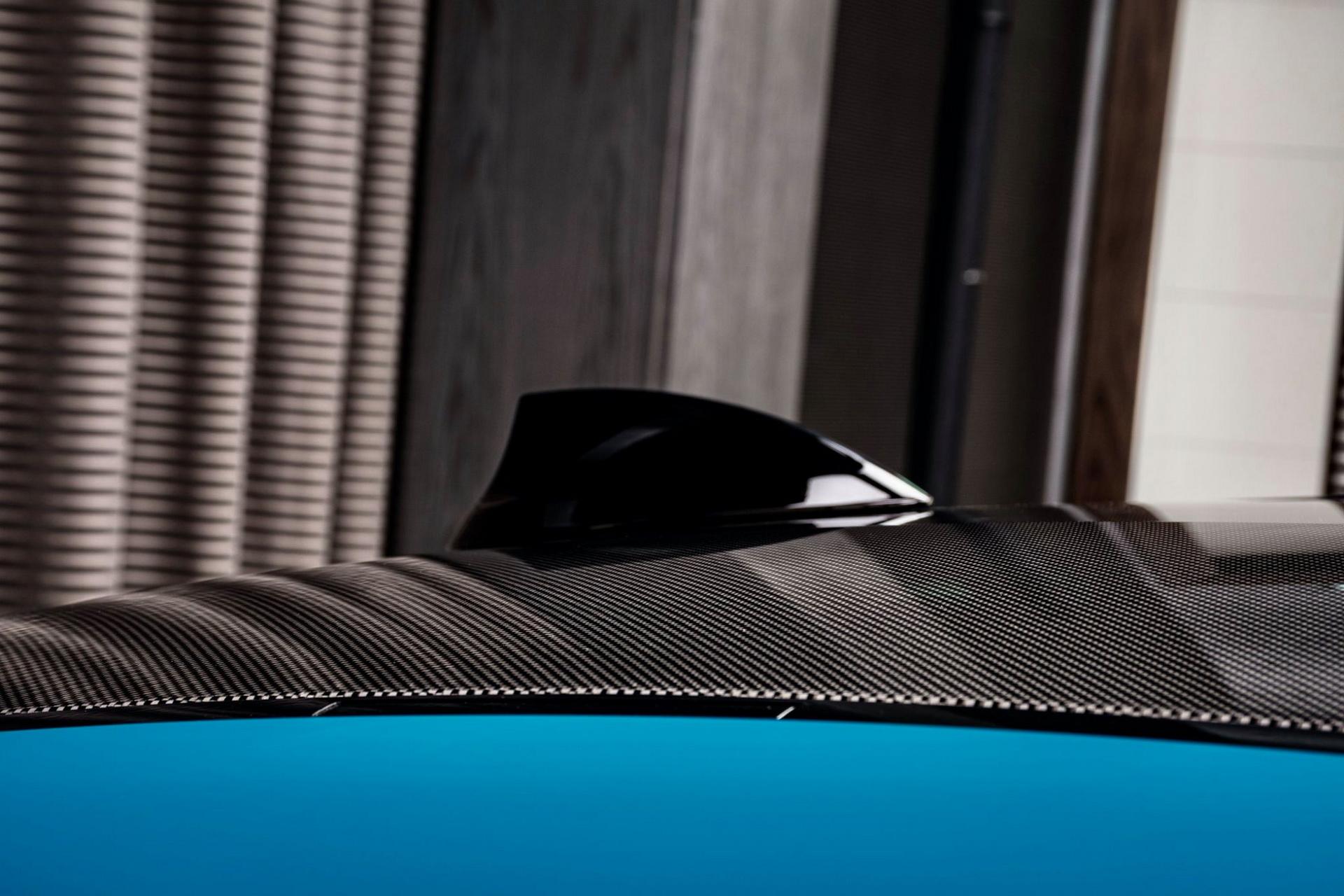 BMW-M4-Edition-M-Heritage-Abu-Dhabi-Motors-10