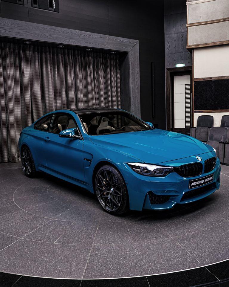 BMW-M4-Edition-M-Heritage-Abu-Dhabi-Motors-2