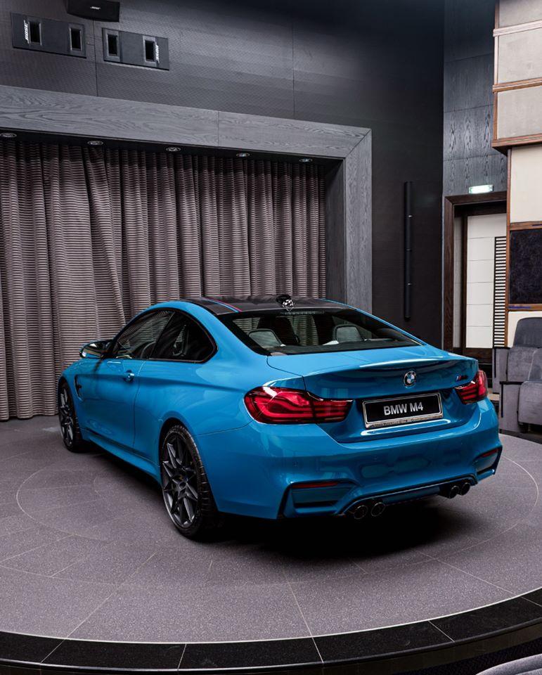 BMW-M4-Edition-M-Heritage-Abu-Dhabi-Motors-4