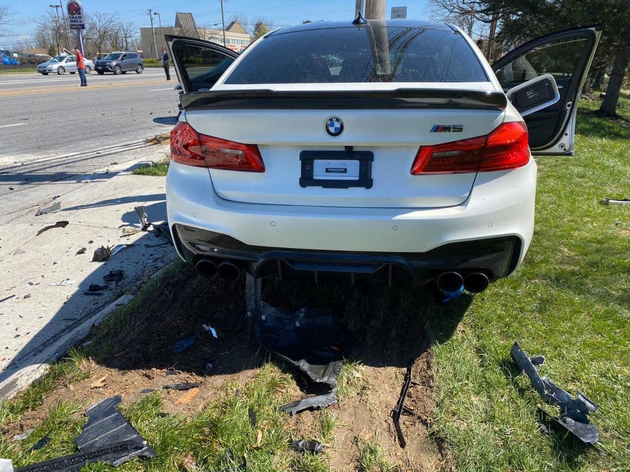 BMW_M5_accident_0002