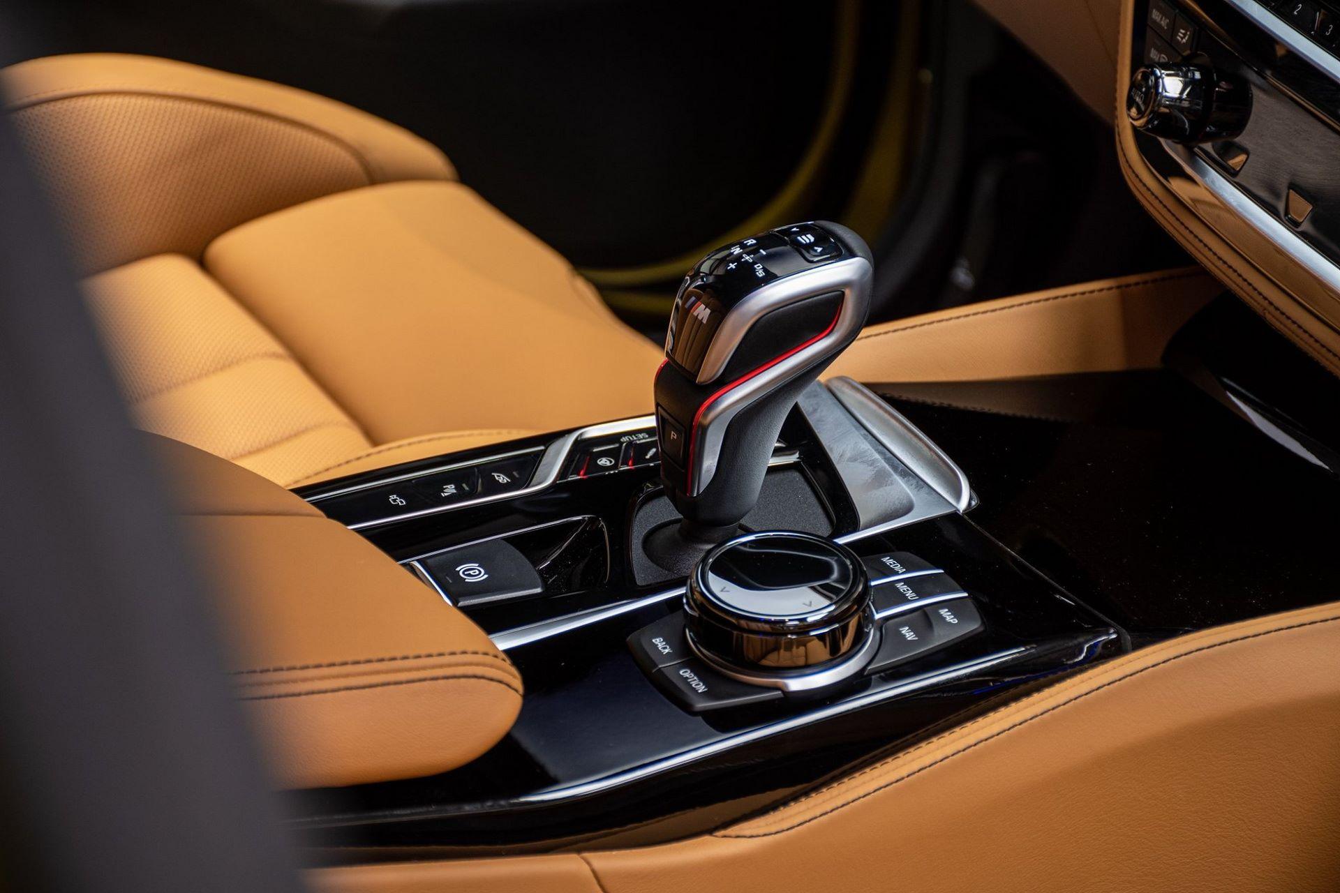 BMW-M5-Competition-Austin-Yellow-Abu-Dhabi-Motors-27