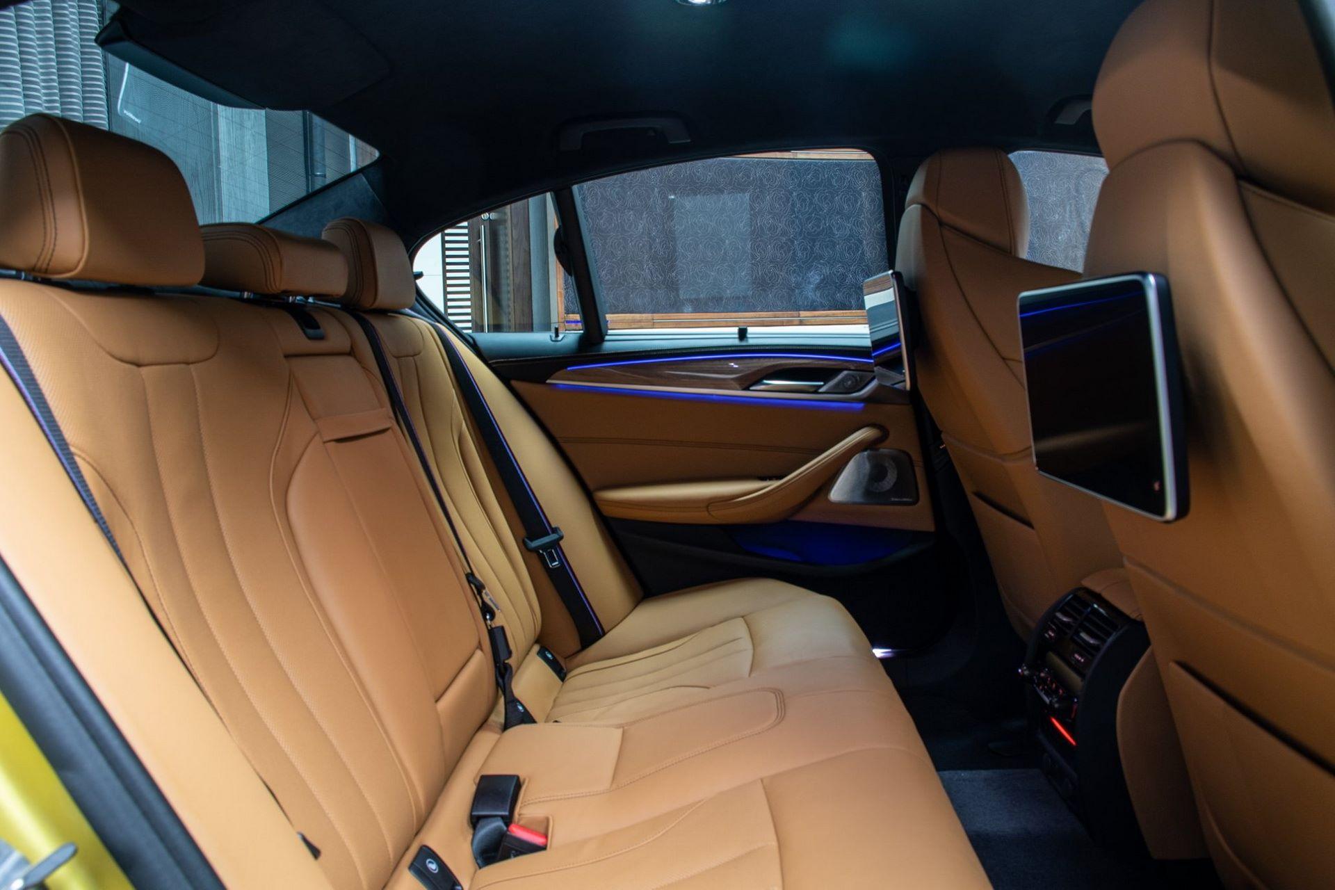 BMW-M5-Competition-Austin-Yellow-Abu-Dhabi-Motors-31