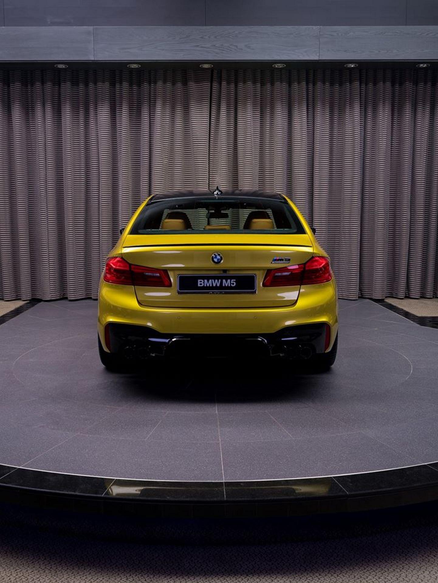 BMW-M5-Competition-Austin-Yellow-Abu-Dhabi-Motors-32