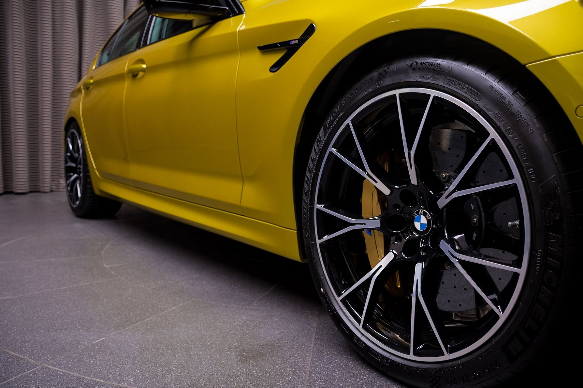 BMW-M5-Competition-Austin-Yellow-Abu-Dhabi-Motors-36